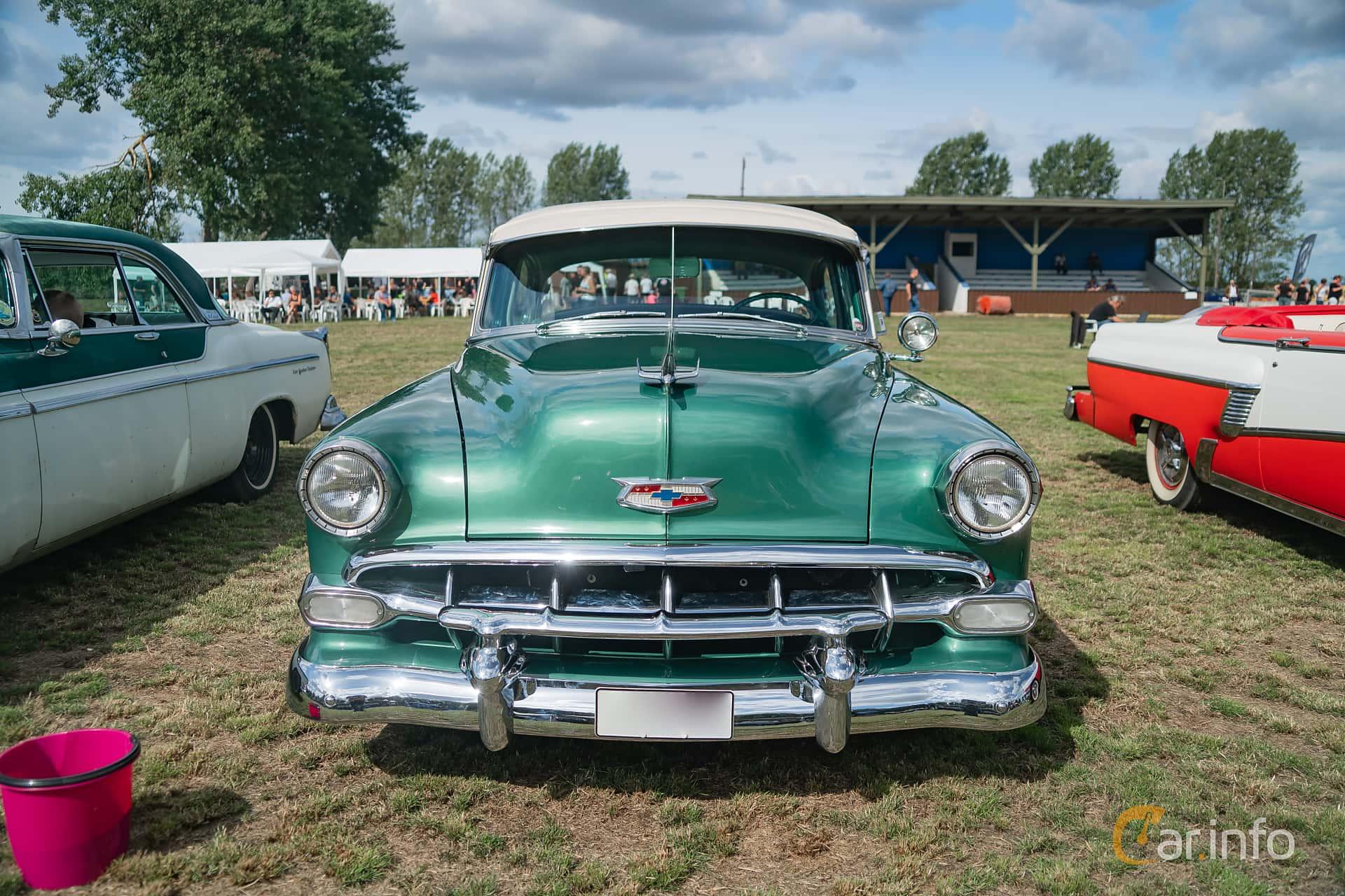 4 Images Of Chevrolet Bel Air Door Sedan 39 Manual 117hp 1954 Front 117ps At