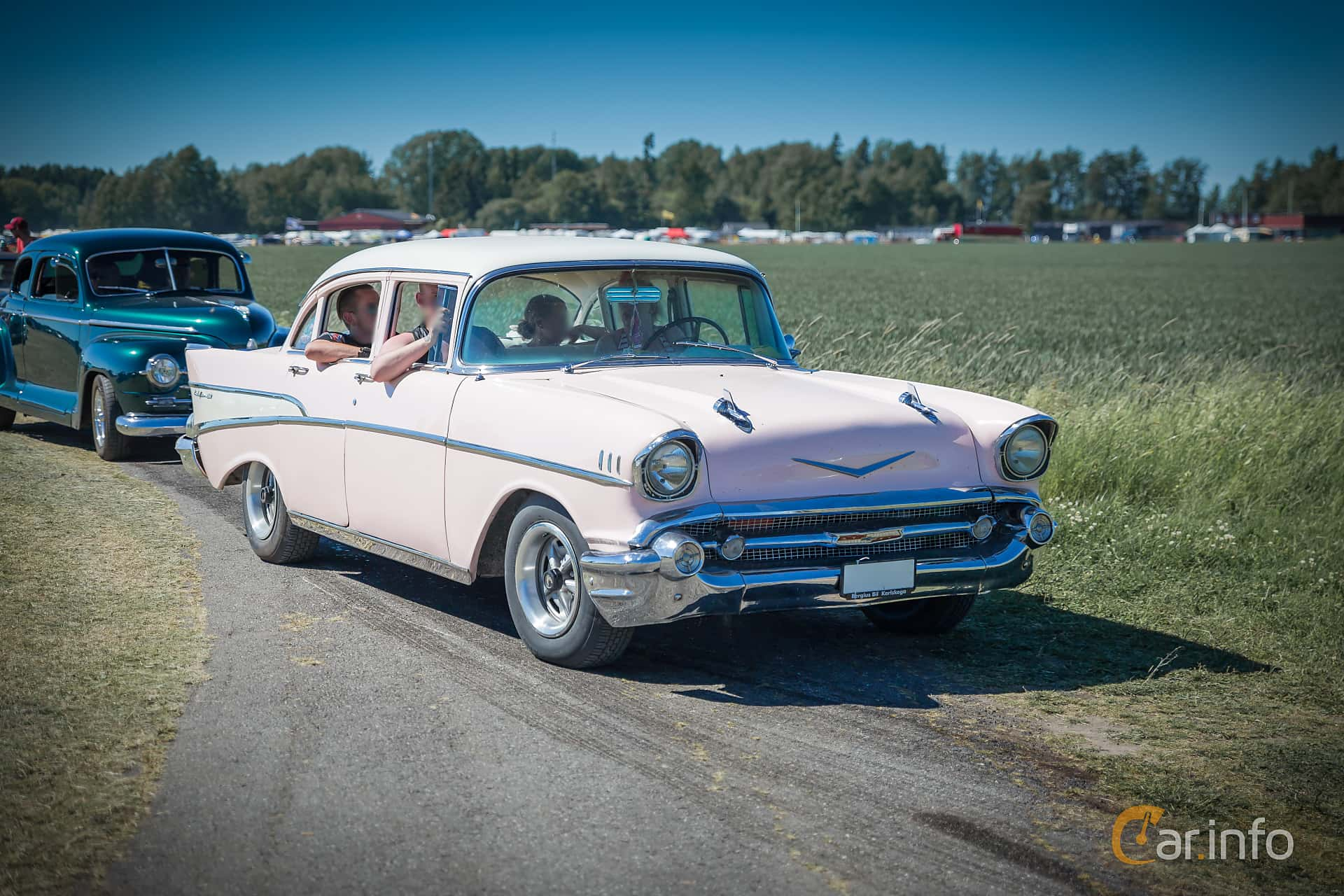 Tagen P Power Big Meet 2015 1957 Chevy Bel Air Hardtop 4 Door Chevrolet Sedan 43 V8 Manual 165hp At