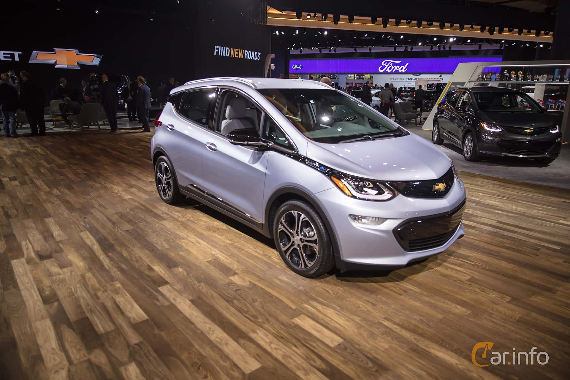 Front/Side  of Chevrolet Bolt 60 kWh Single Speed, 204ps, 2017 at North American International Auto Show 2018