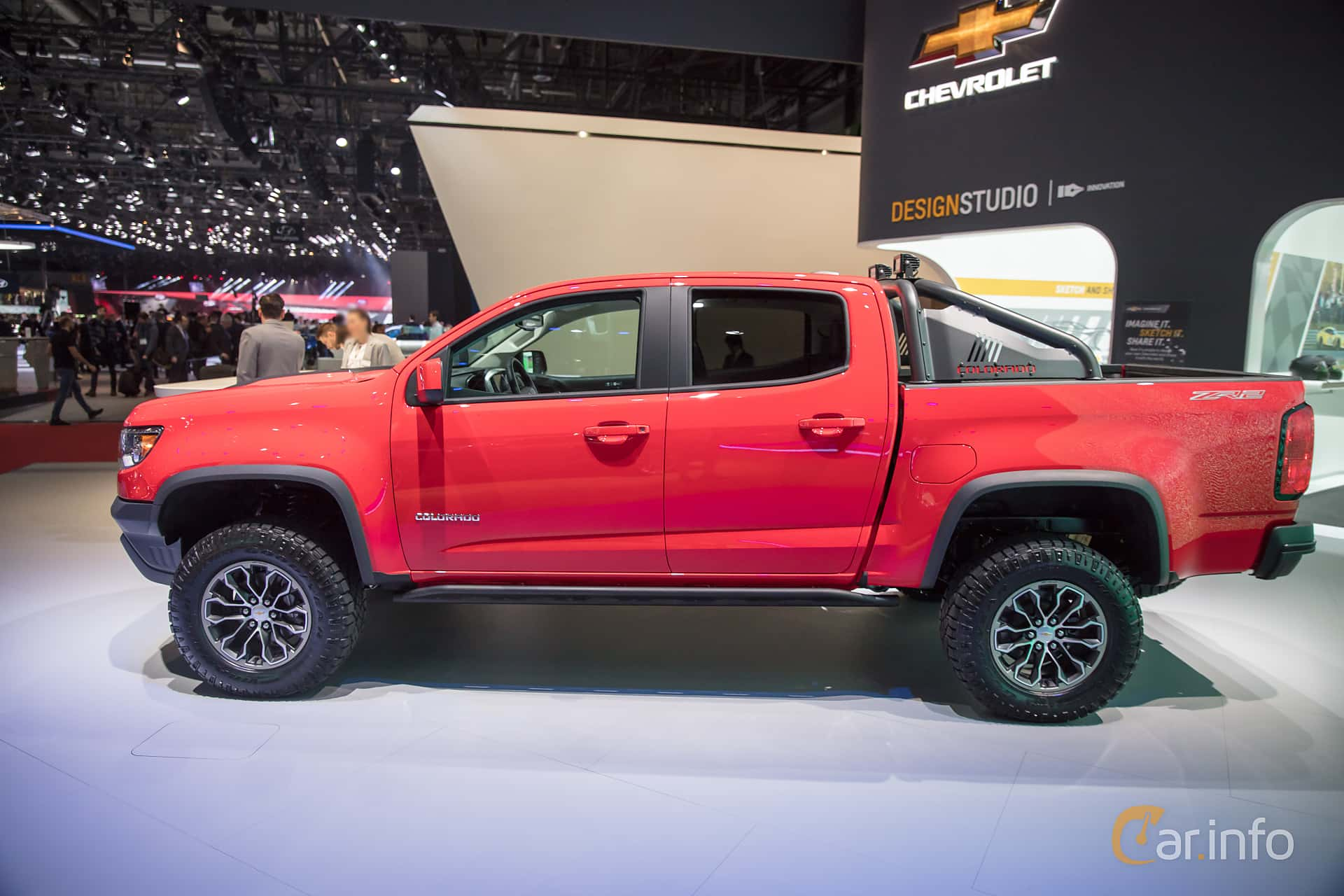 Side  of Chevrolet Colorado Crew Cab 3.6 V6 4WD Hydra-Matic, 313ps, 2018 at Geneva Motor Show 2017