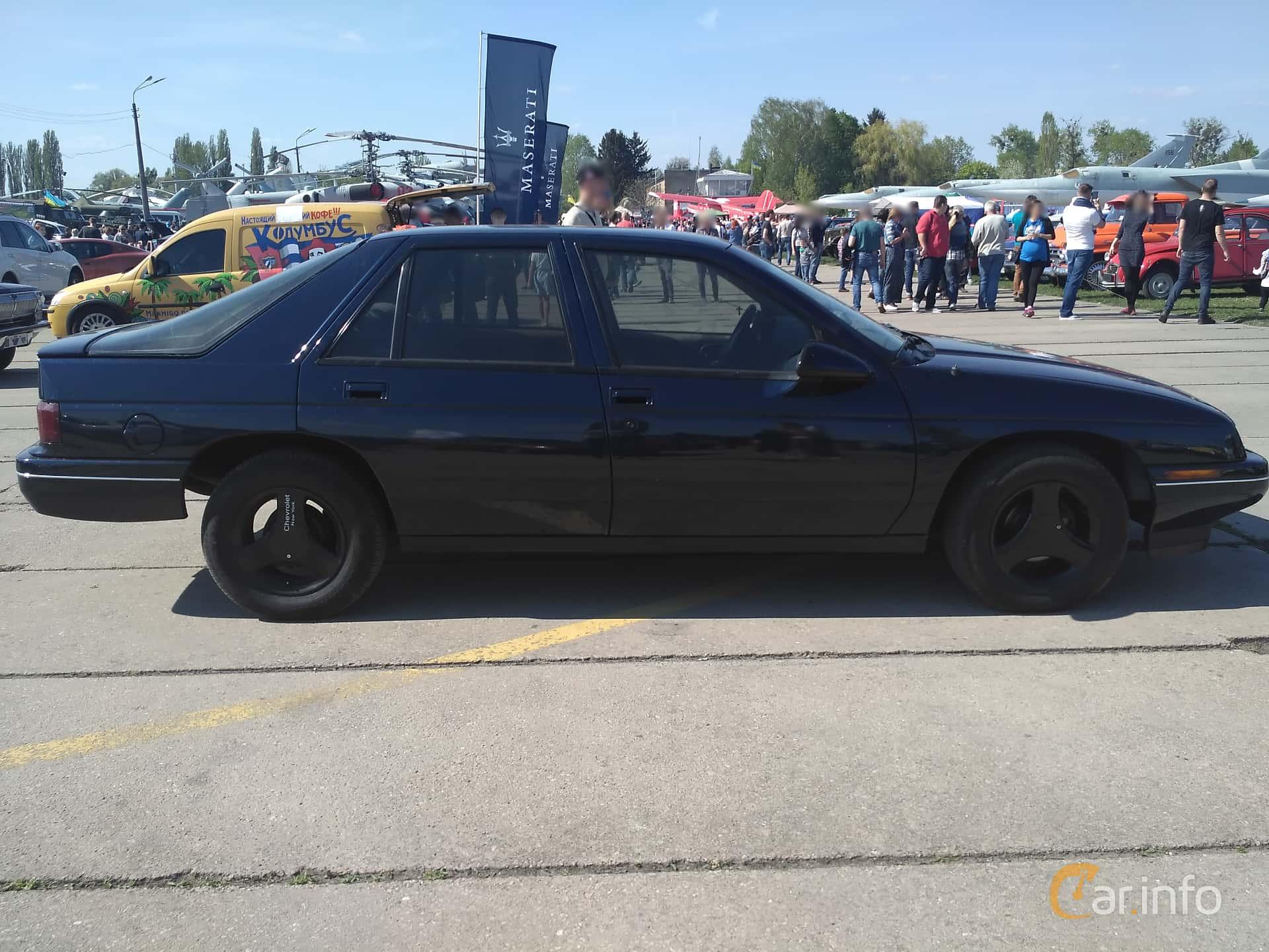 Chevrolet Corsica Hatchback 3.1 V6 Automatic, 142hp, 1991