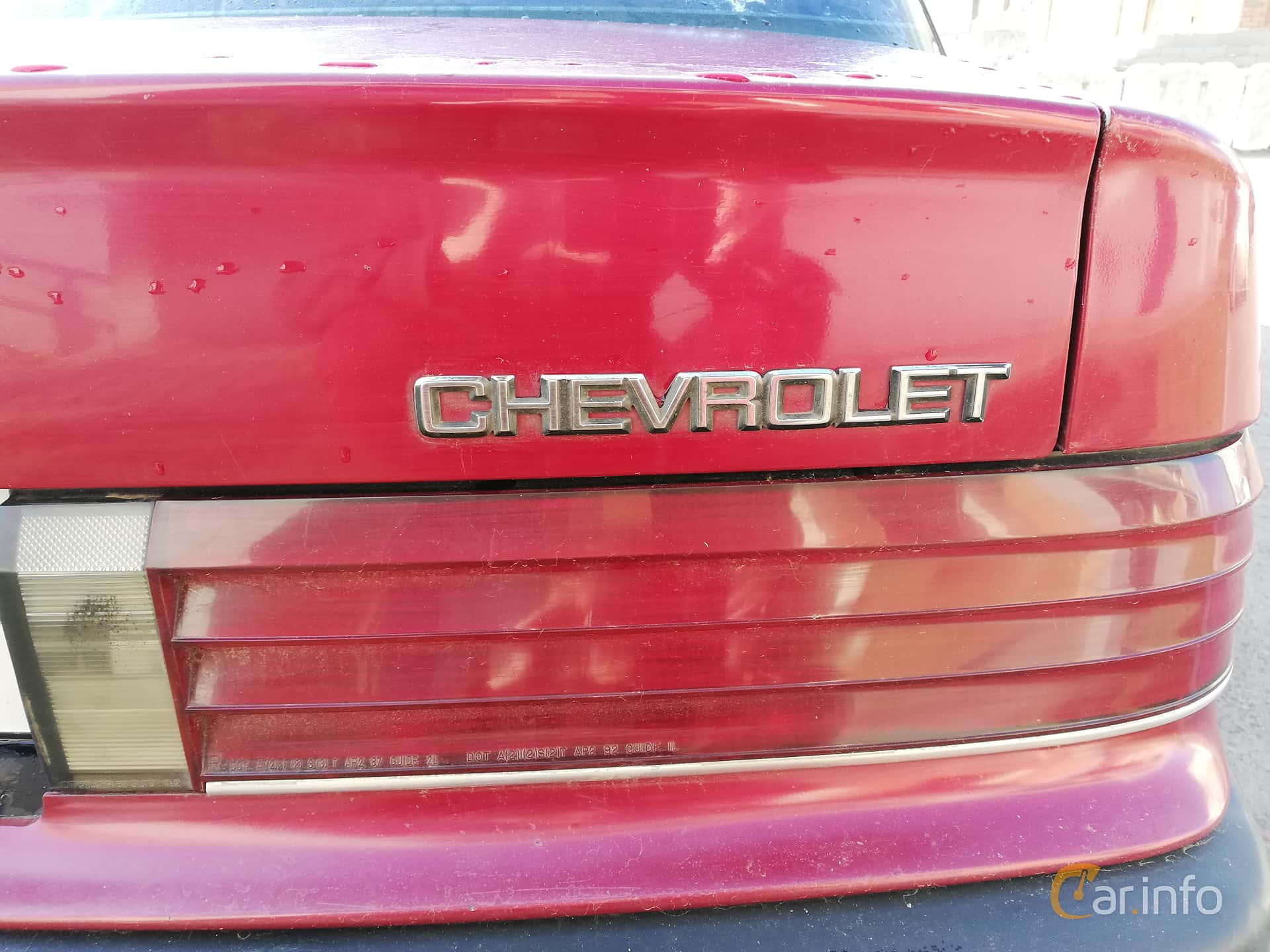Chevrolet Corsica Sedan 3.1 V6 Automatic, 142hp, 1993