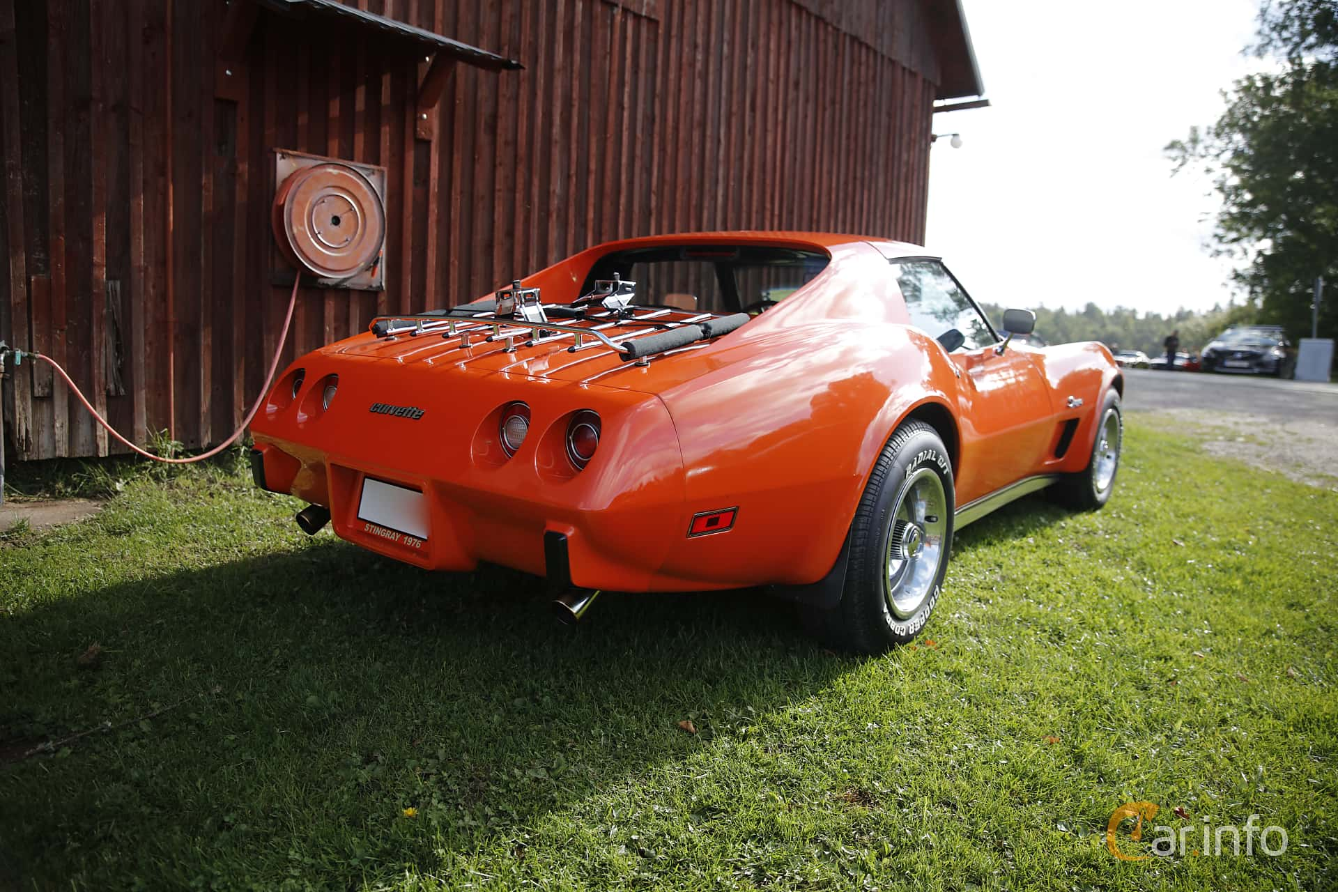 Chevrolet Corvette Stingray 5.7 V8 Automatic, 213hp, 1976 at Sportvagnsträffen 2016