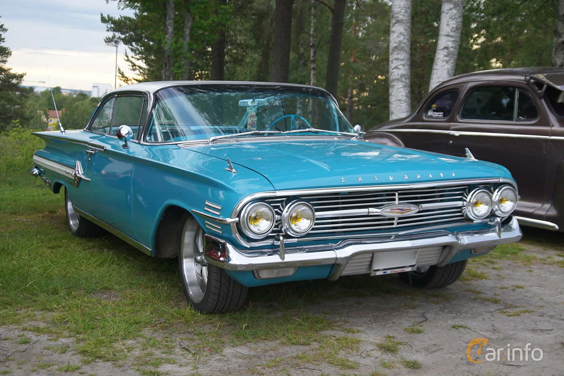 4 Images Of Chevrolet Impala Sport Coupe 3 9 Manual 137hp