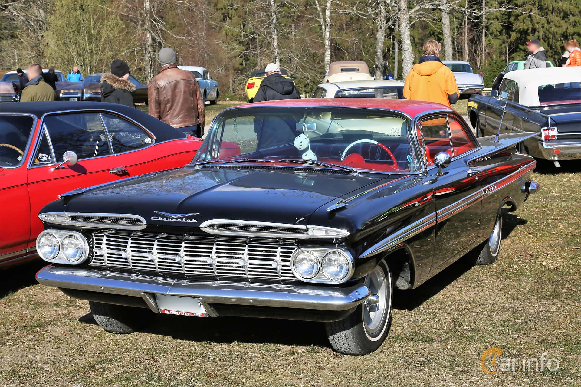 Chevrolet Impala Sport Coupé 4.6 V8 Powerglide, 233hp, 1959 at Uddevalla Veteranbilsmarknad Backamo, Ljungsk 2019