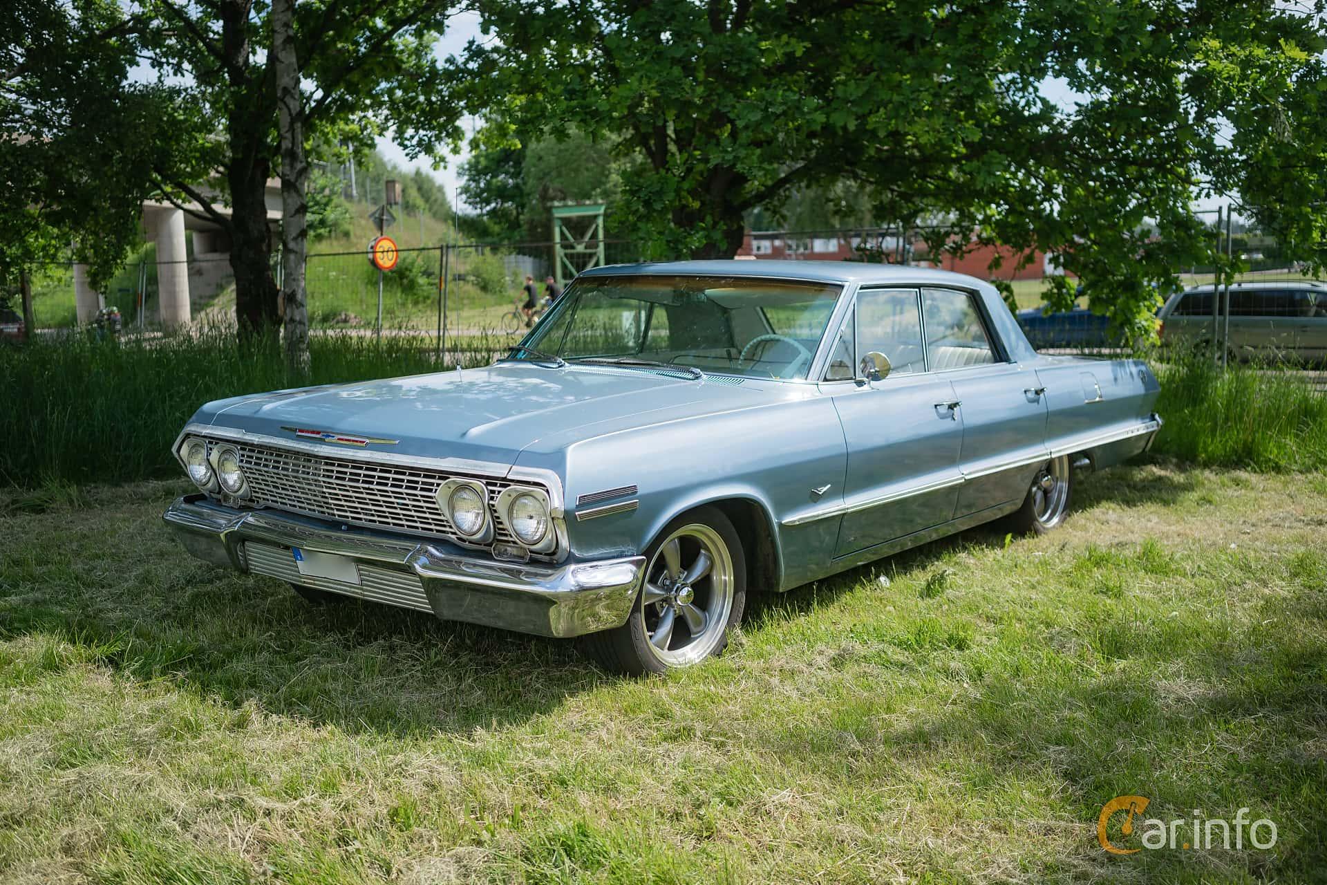 Chevrolet Impala Sport Sedan 4.6 V8 Powerglide, 198hp, 1963 at Hässleholm Power Start of Summer Meet 2018