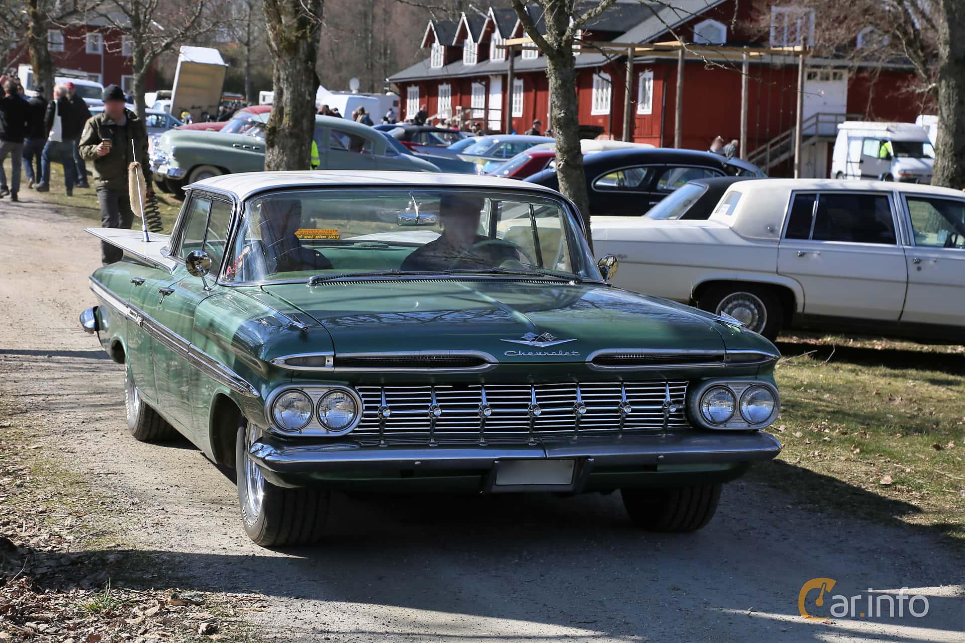 Chevrolet Impala Sport Sedan 3.9 Powerglide, 137hp, 1959 at Uddevalla Veteranbilsmarknad Backamo, Ljungsk 2019