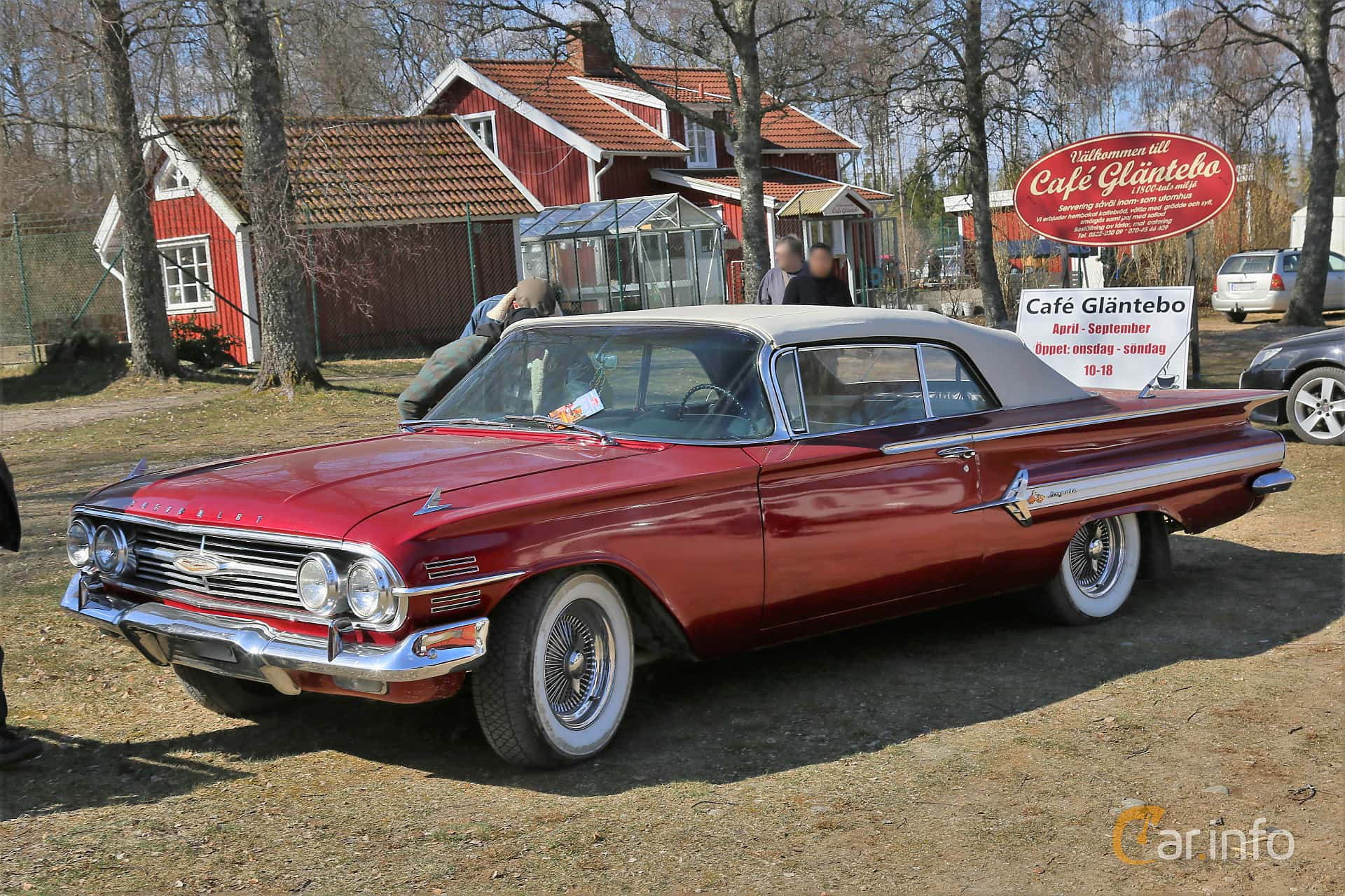 Chevrolet Impala Convertible 4.6 V8 Powerglide, 173hp, 1960 at Uddevalla Veteranbilsmarknad Backamo, Ljungsk 2019