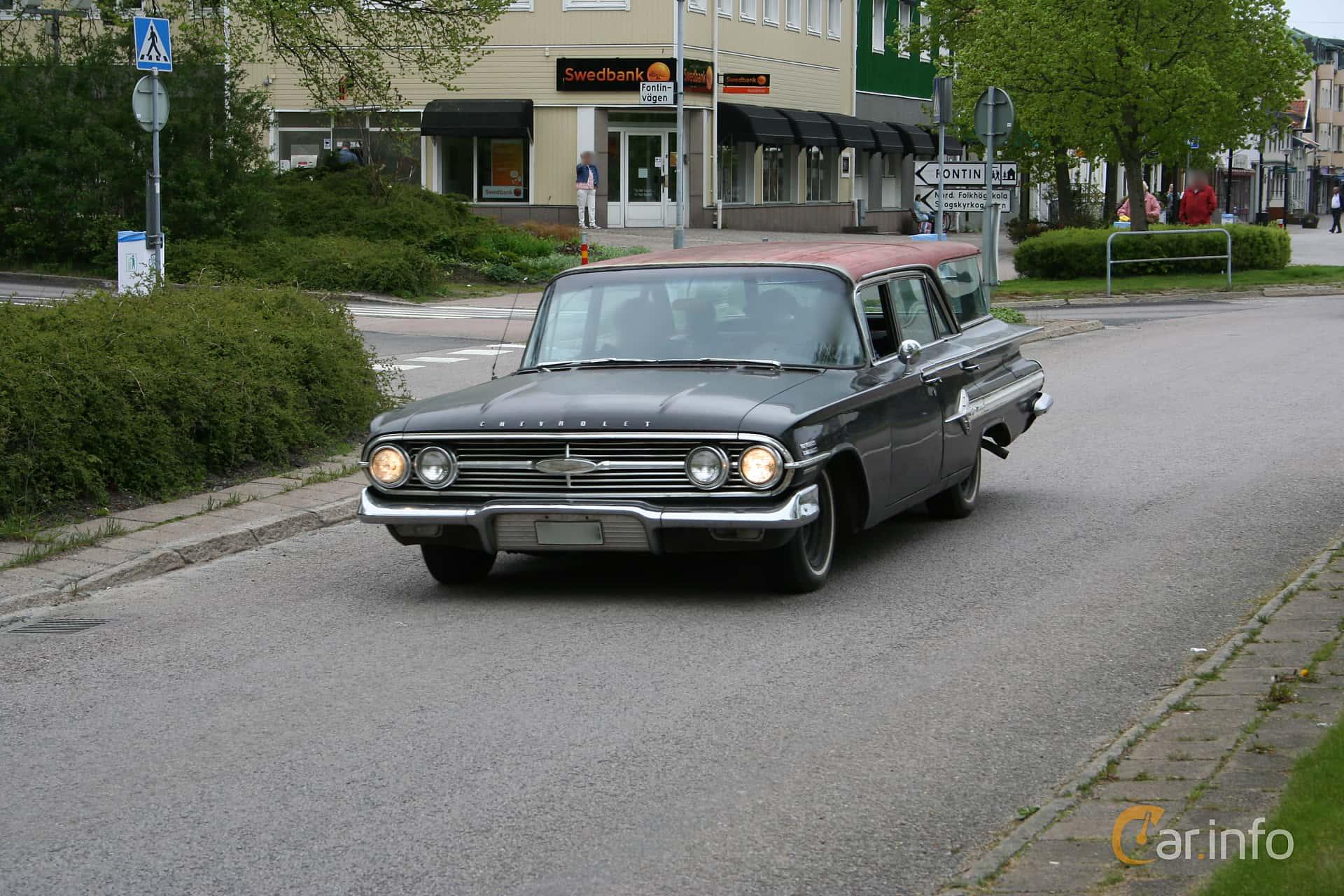Chevrolet Nomad 4.6 V8 Powerglide, 233hp, 1960 at KungälvsCruisingen 2012