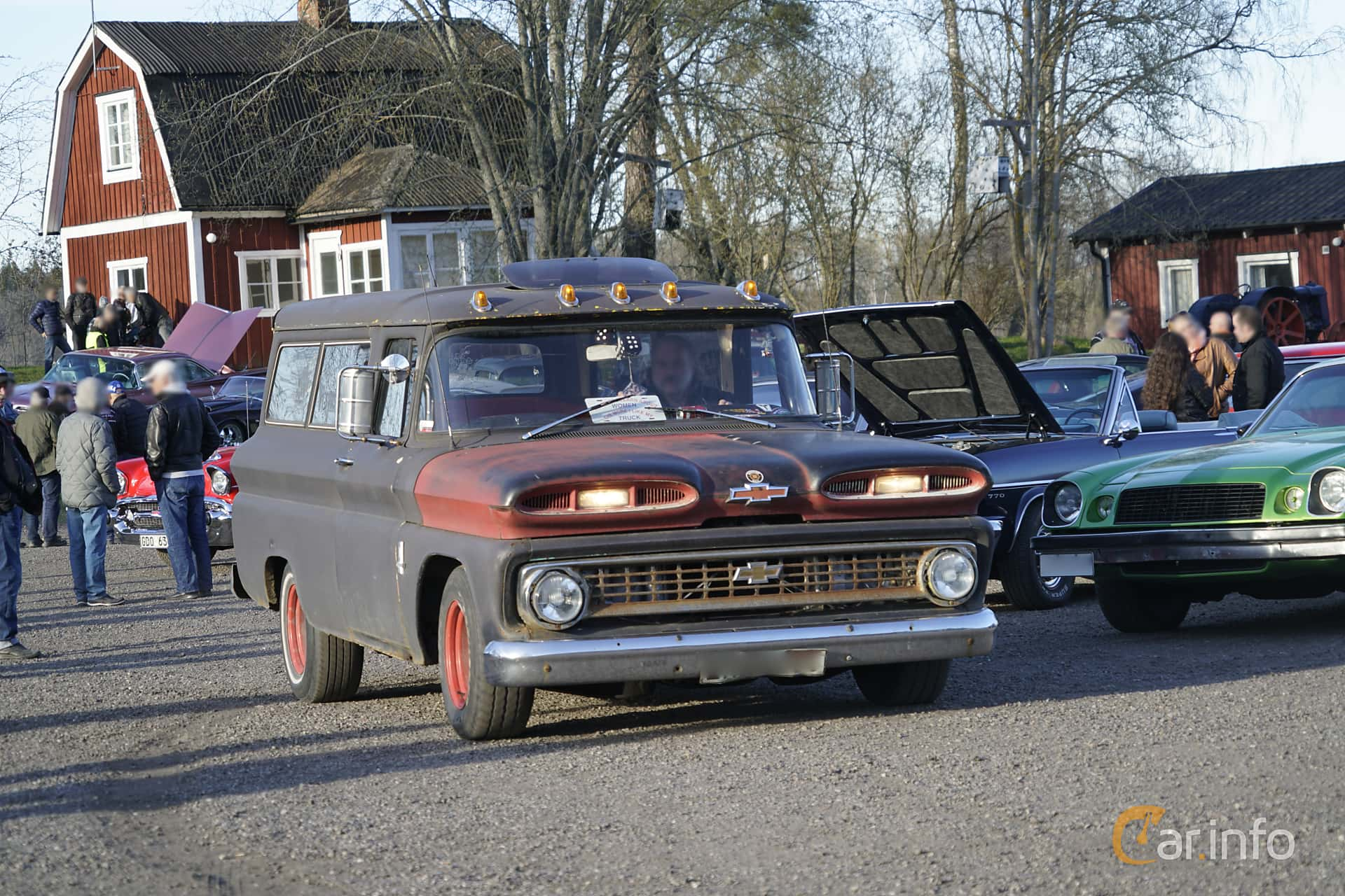 6 images of Chevrolet Suburban C10 4 8 Powerglide, 167hp