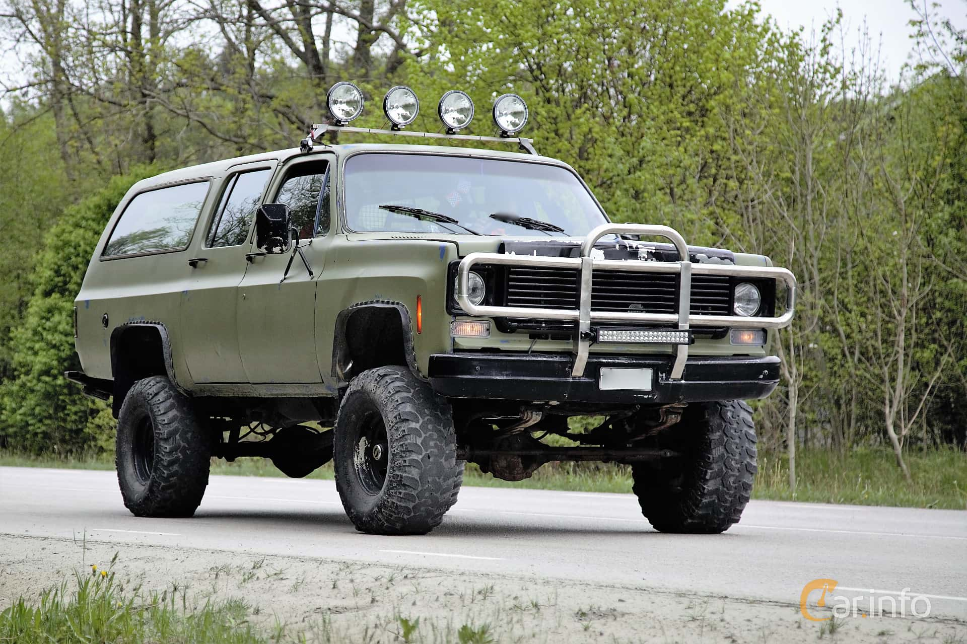 1 images of Chevrolet K20 Suburban 5.7 V8 4WD Hydra-Matic, 167hp, 1977 by  Espee