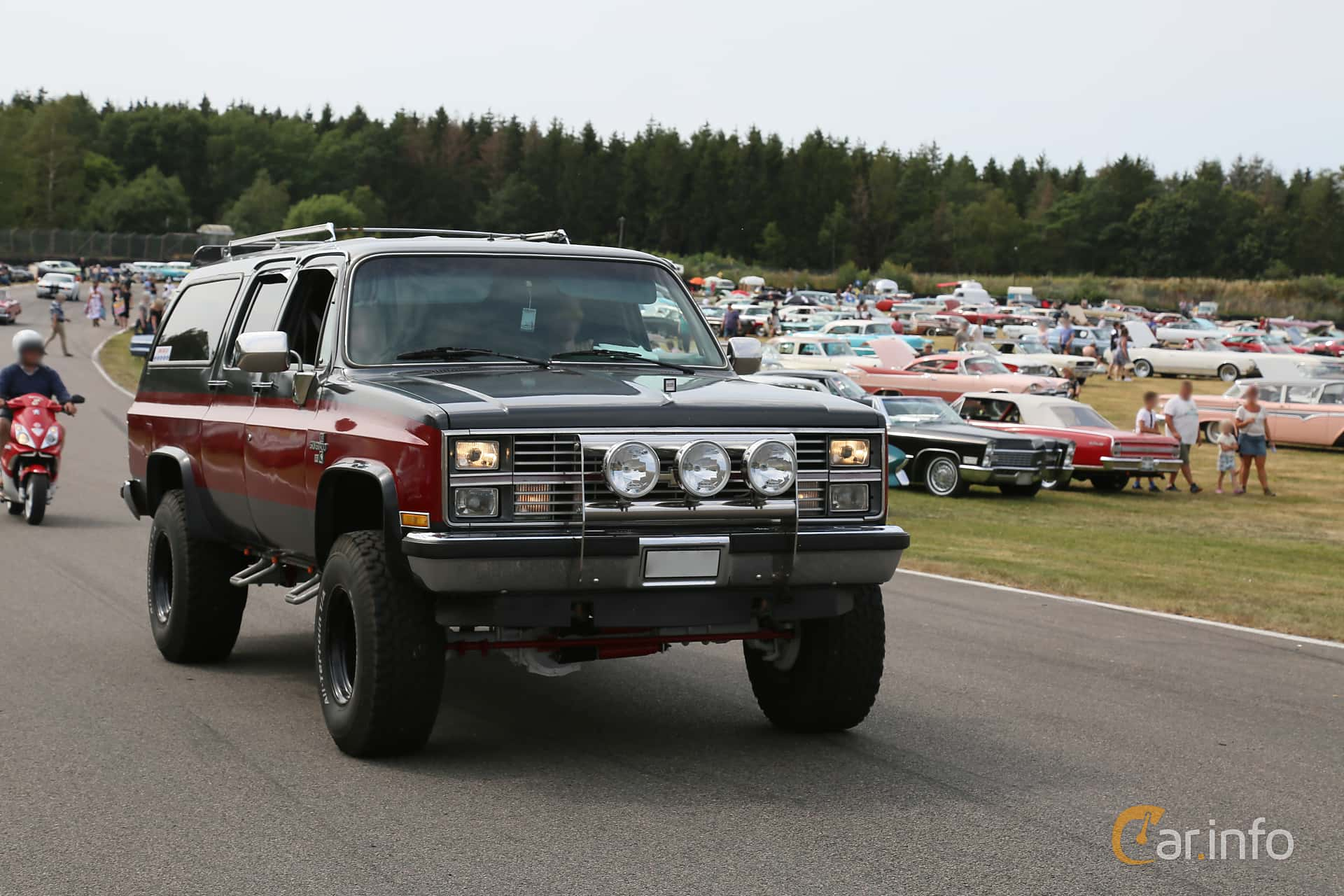 Chevrolet K20 Suburban 6.2 V8 4WD Hydra-Matic, 137hp, 1982 at Wheels & Wings 2019