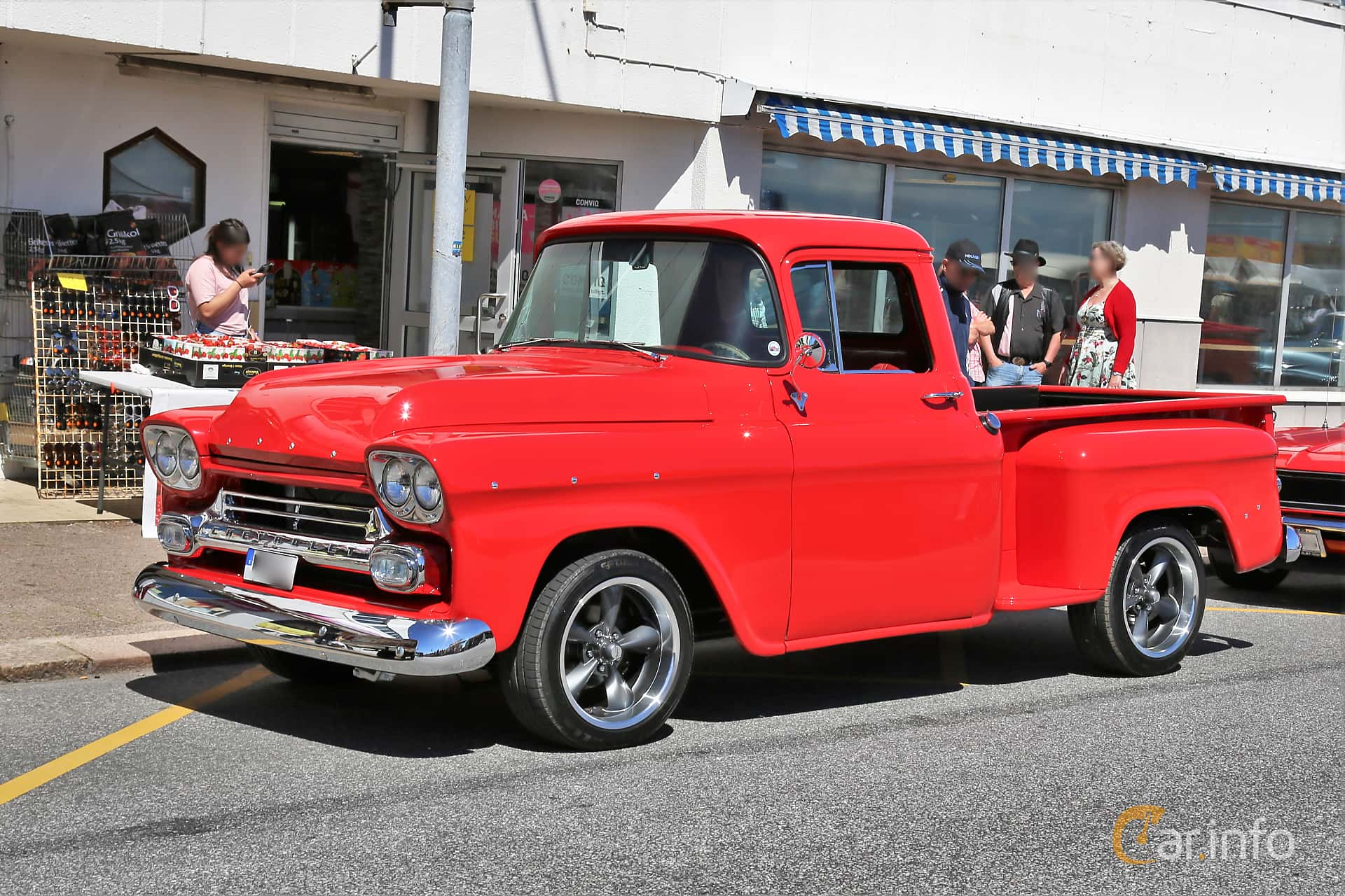 Front/Side  of Chevrolet Apache 31/32 3.9 Manual, 137ps, 1959 at Cruising Lysekil 2019