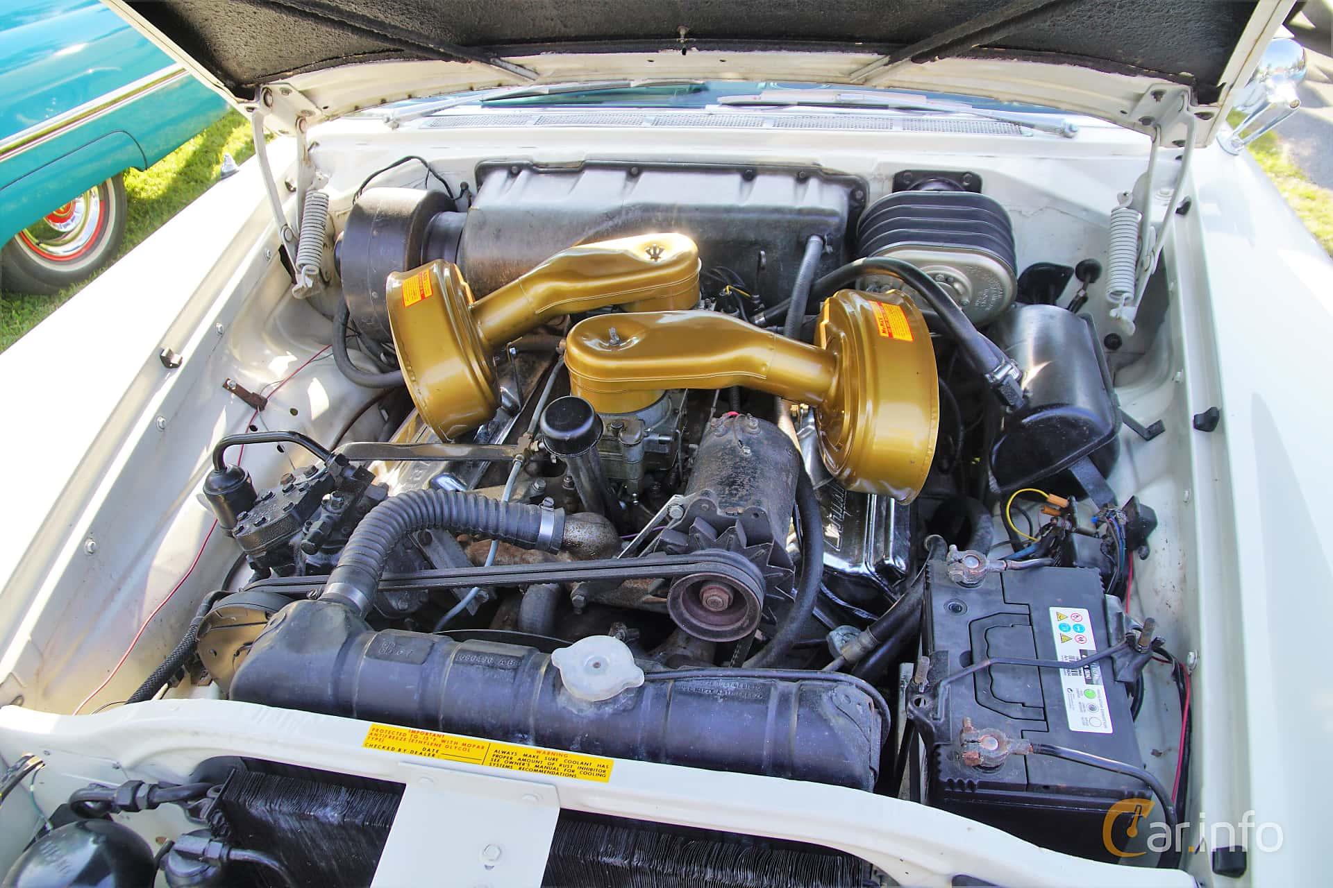 Chrysler 300C Hardtop 6.4 V8 TorqueFlite, 396hk, 1957 at Onsdagsträffar på Gammlia Umeå 2019 vecka 28