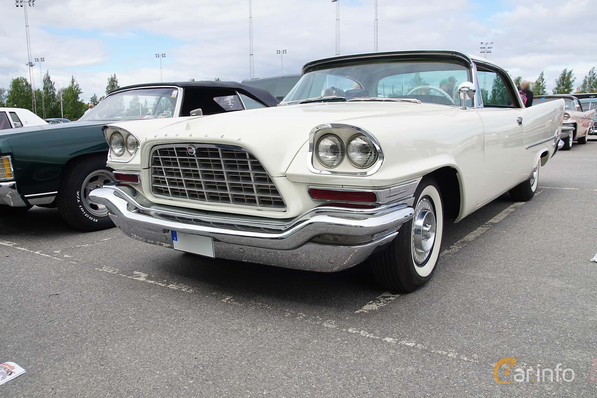 Chrysler 300C Hardtop 6.4 V8 TorqueFlite, 396hp, 1957 at Umeå Wheels Nations Norr 2019