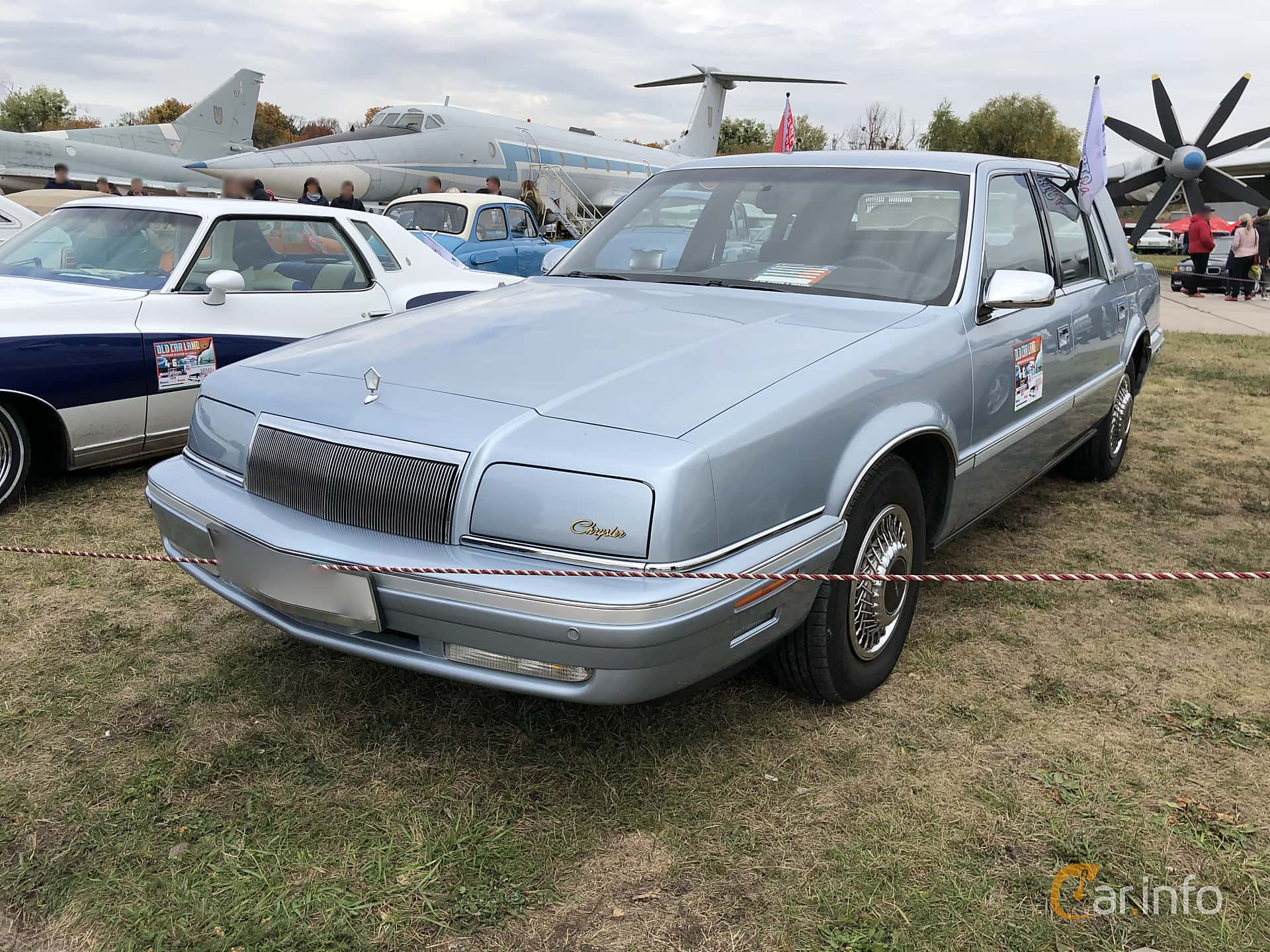 Front/Side  of Chrysler New Yorker Fifth Avenue 3.8 V6 Automatic, 152ps, 1992 at Old Car Land no.2 2019