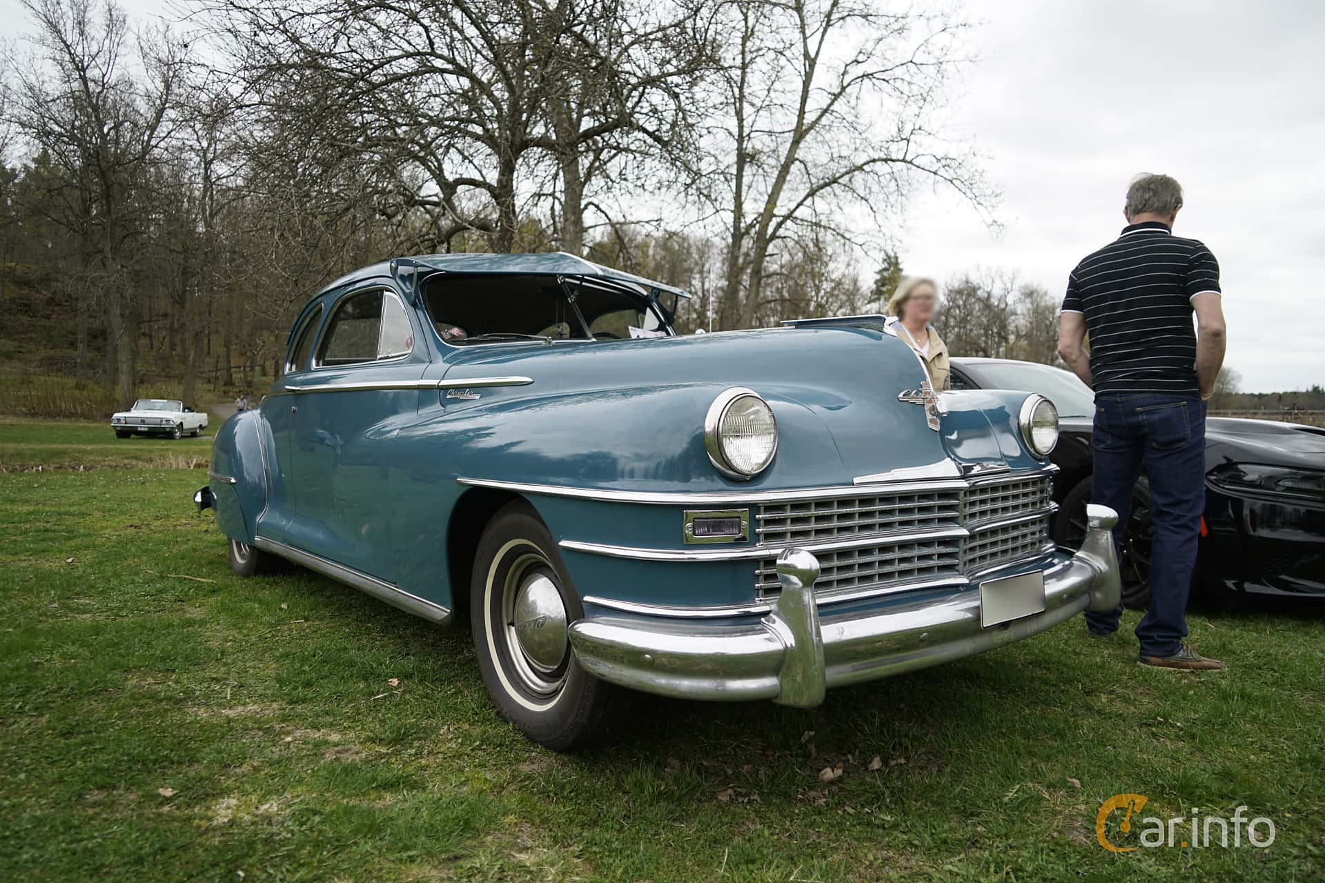 chrysler-windsor-club-coupe-front-side-classic-cars -spring-meet-2017-1-369973.jpg