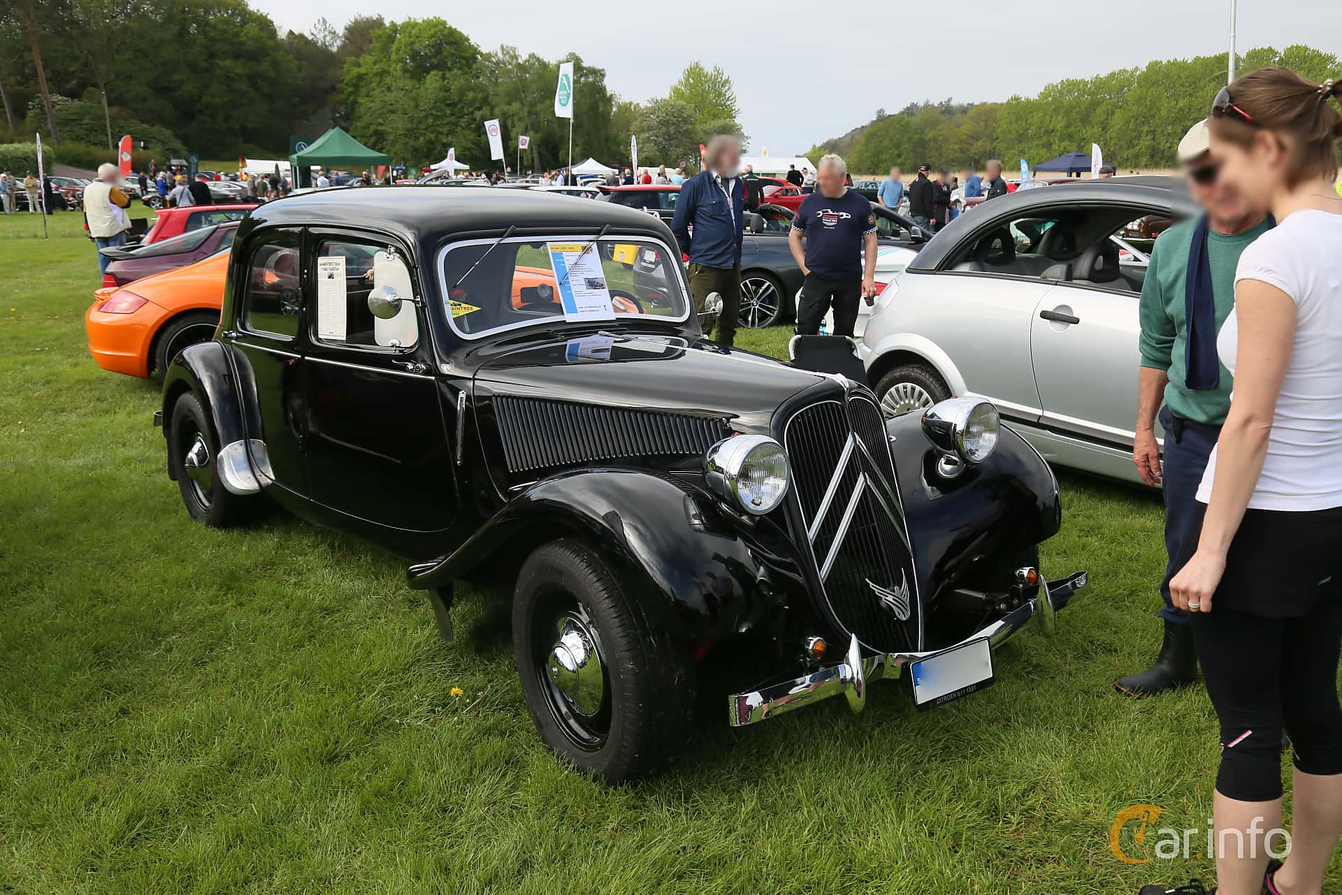 Citroën 11 CV Sedan 1.9 Manual, 56hp, 1951 at Tjolöholm Classic Motor 2019