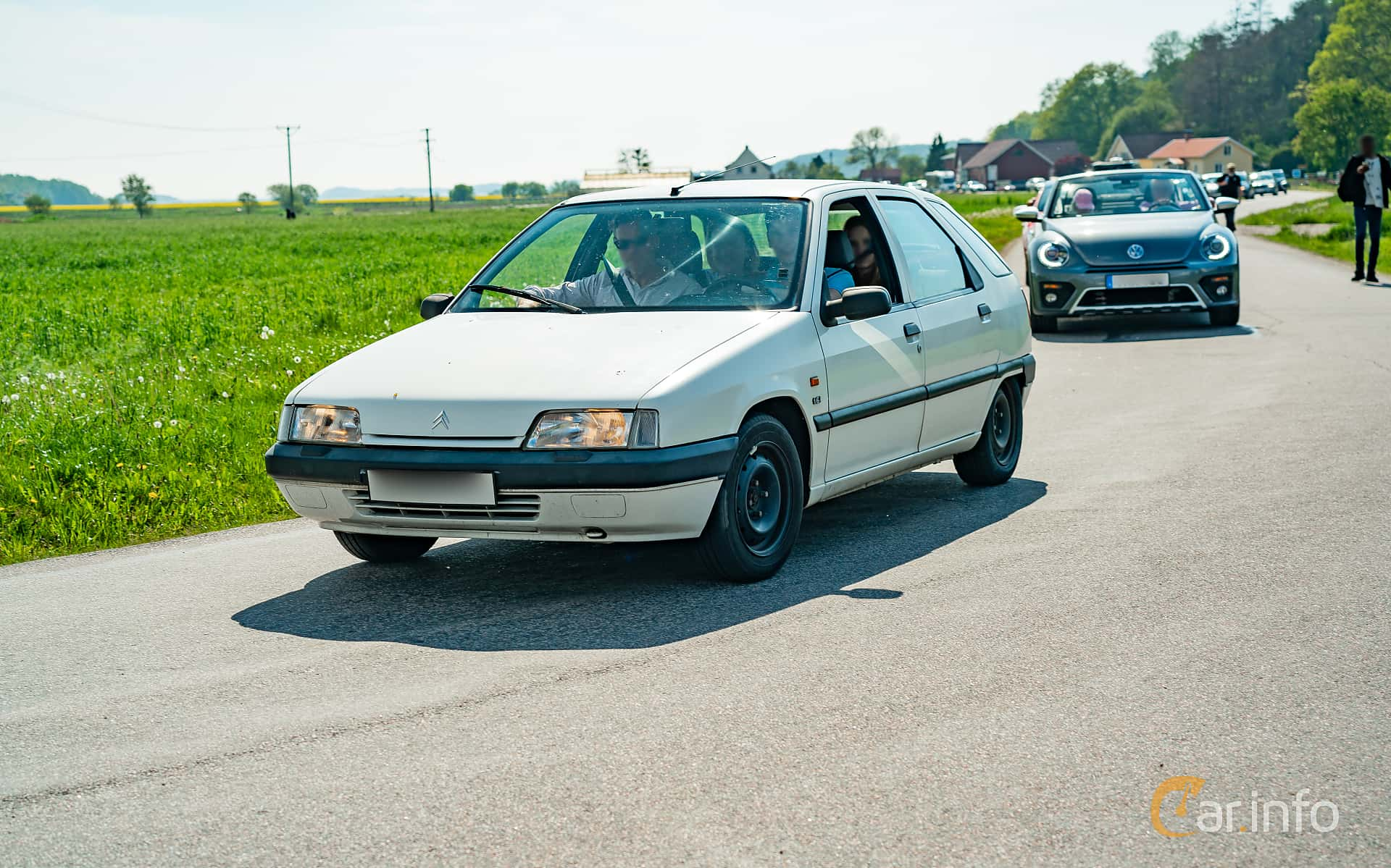 Front/Side  of Citroën ZX 1.6 Manual, 88ps, 1992 at Tjolöholm Classic Motor 2019