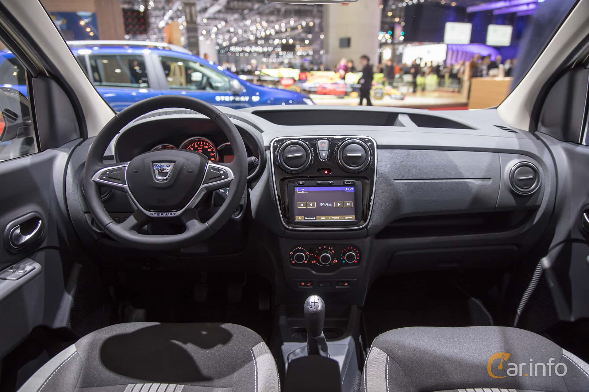 Dacia dokker stepway 1 2 tce manual 115hp 2018 at geneva - Dacia dokker interior ...