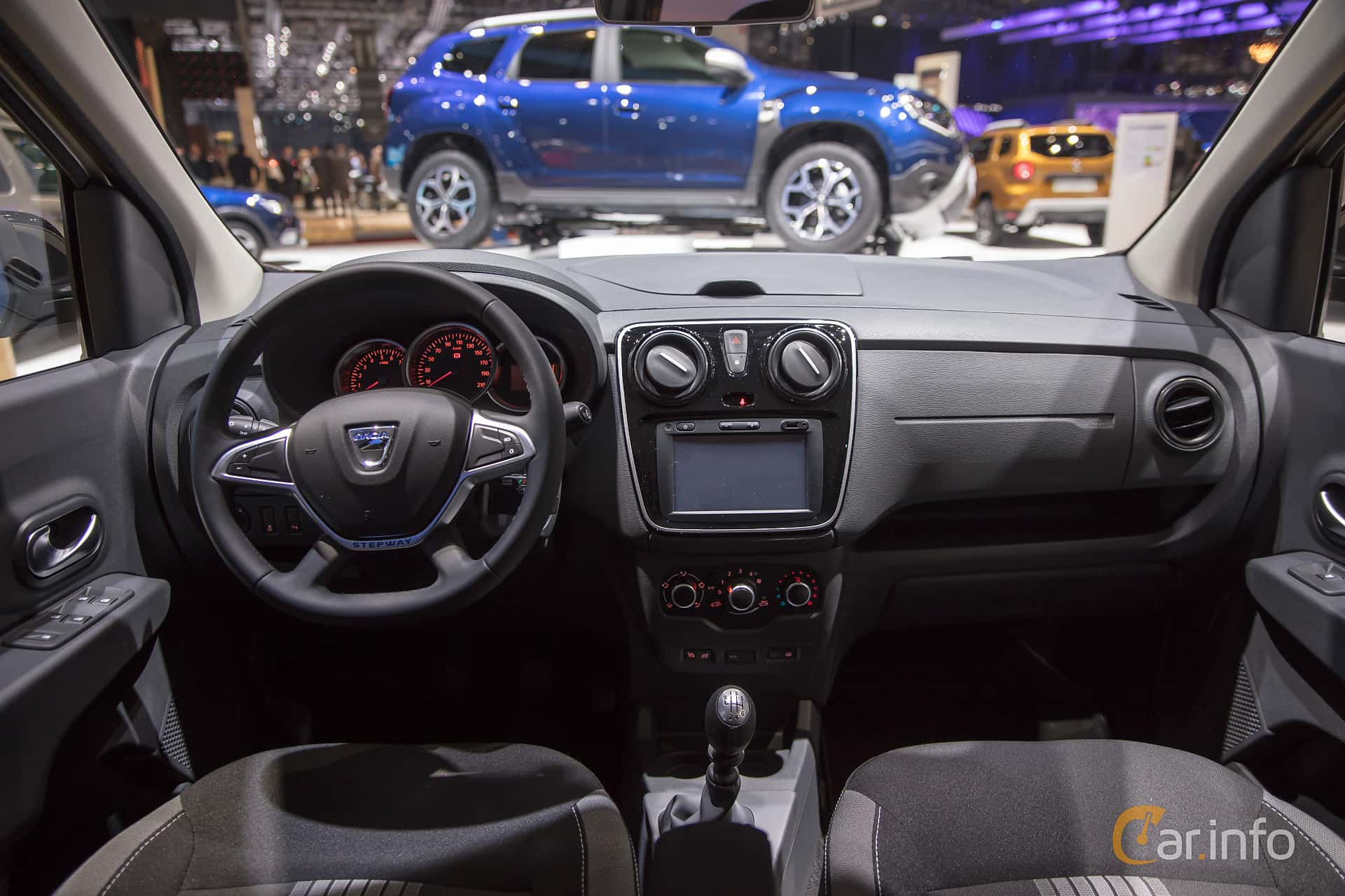 Dacia Lodgy Stepway 1.5 dCi Manual, 107hp, 2018