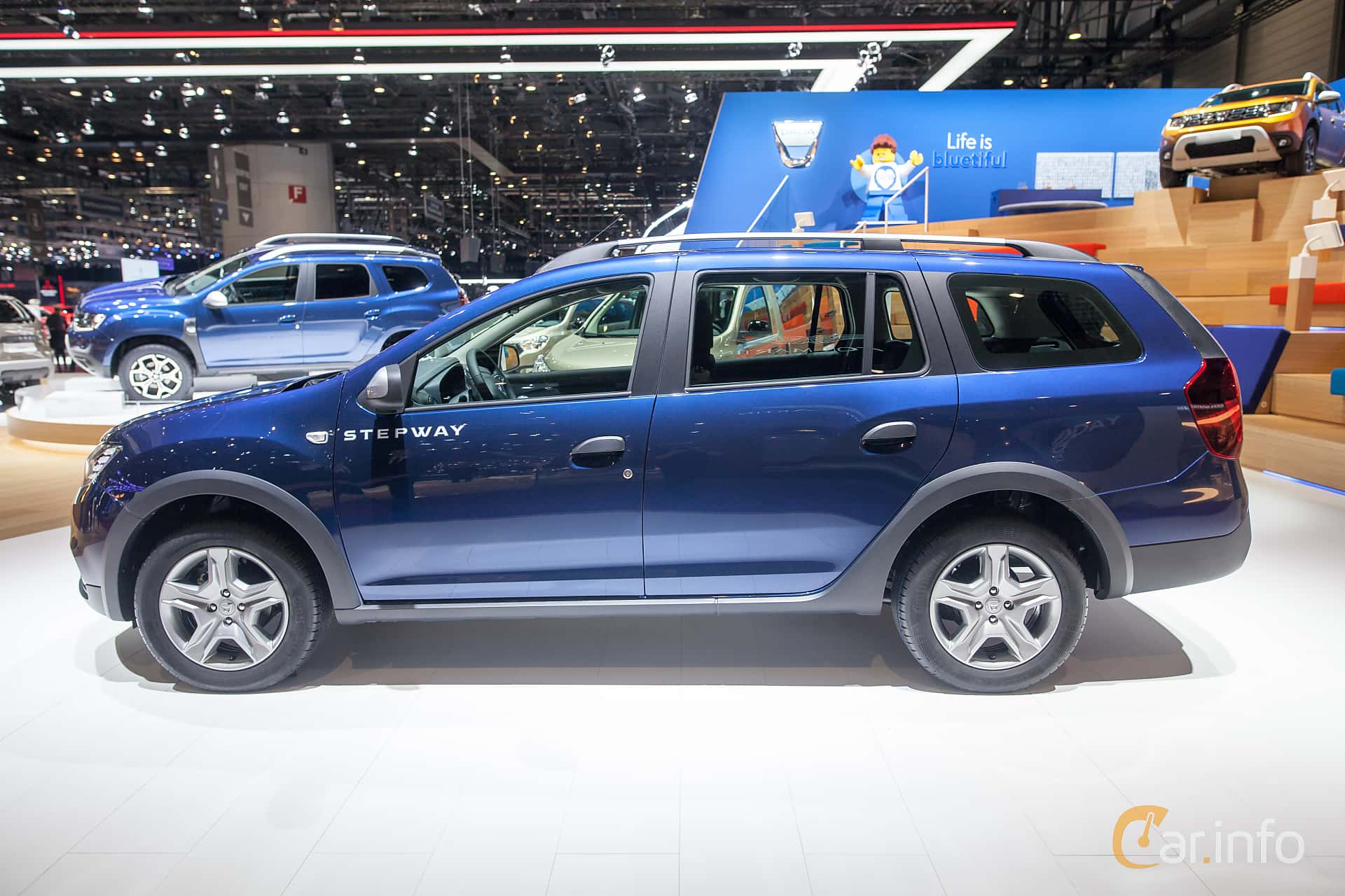 6 images of dacia logan mcv stepway 0 9 tce manual 90hp. Black Bedroom Furniture Sets. Home Design Ideas