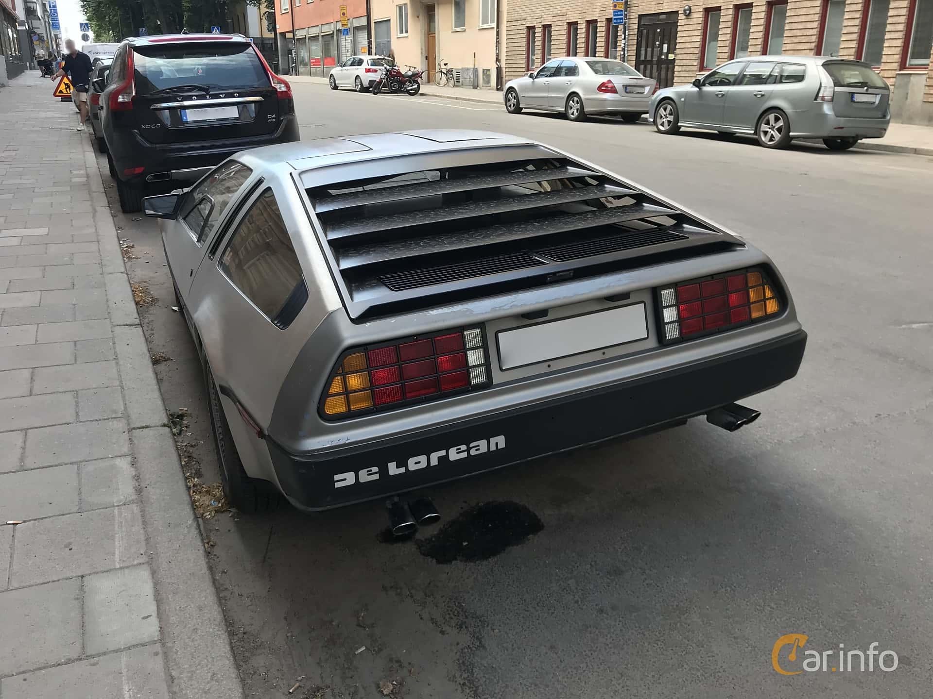 DeLorean DMC-12 2.8 V6 Automatic, 132hp, 1982