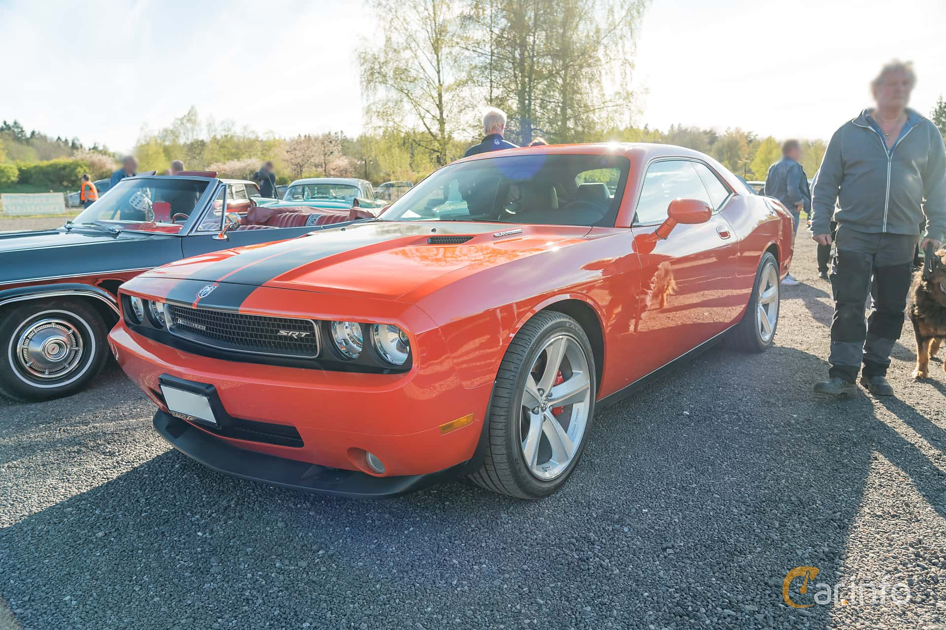 Front/Side  of Dodge Challenger 6.1 V8 HEMI Automatic, 431ps, 2009 at Lissma Classic Car 2019 vecka 20