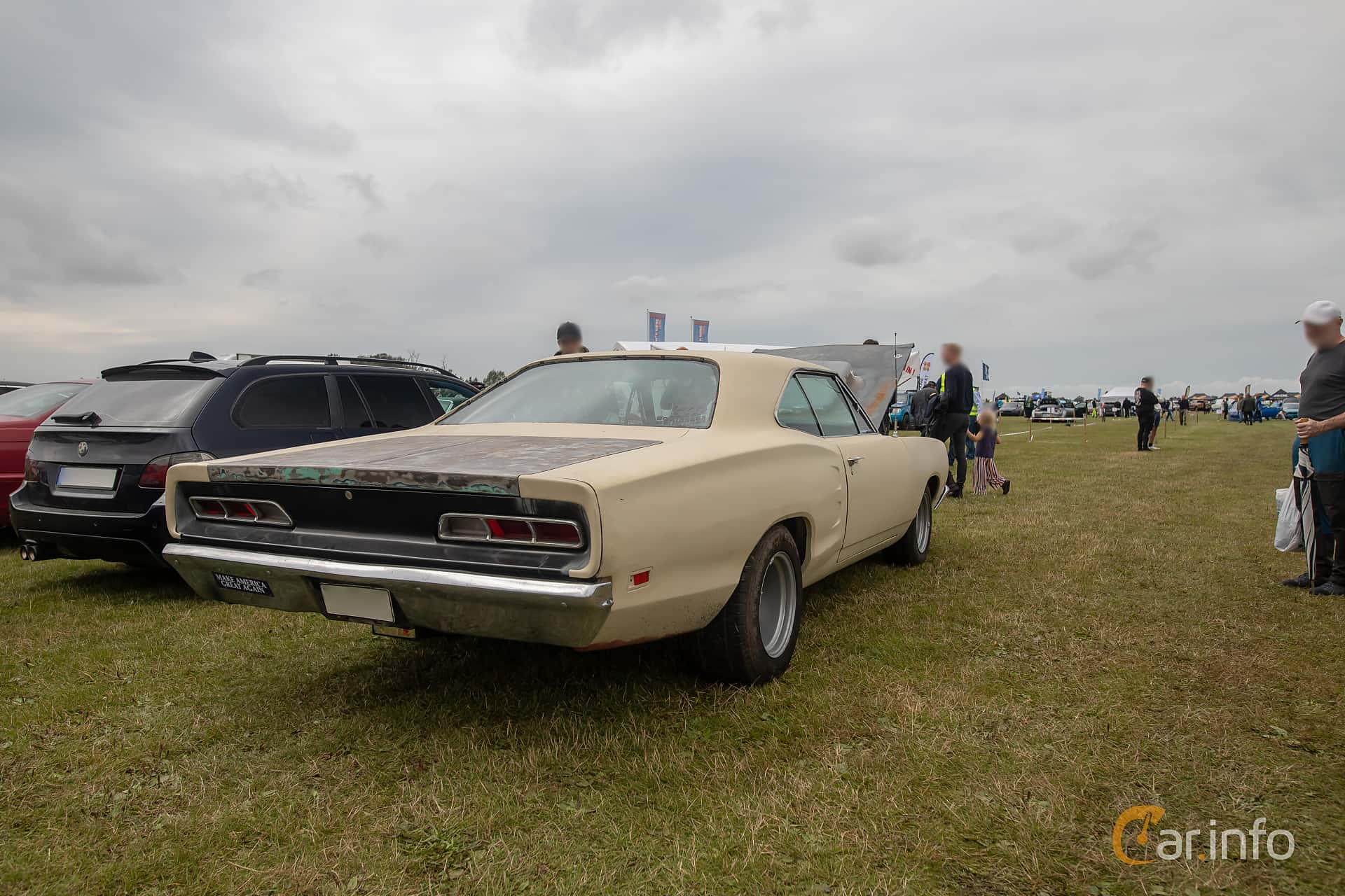 Back/Side of Dodge Coronet 500 Hardtop 6.3 V8 TorqueFlite, 294ps, 1969 at Vallåkraträffen 2019