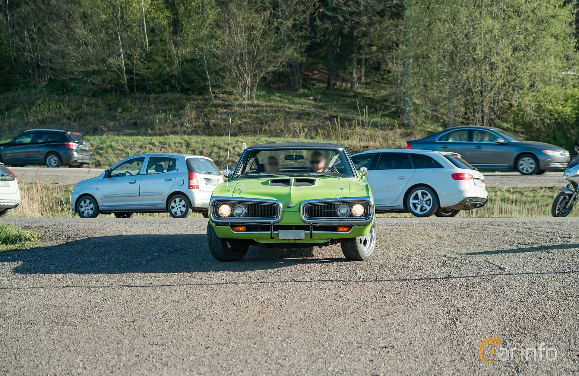 Dodge Coronet Super Bee Hardtop 6.3 V8 TorqueFlite, 340hp, 1970 at Lissma Classic Car 2019 vecka 20