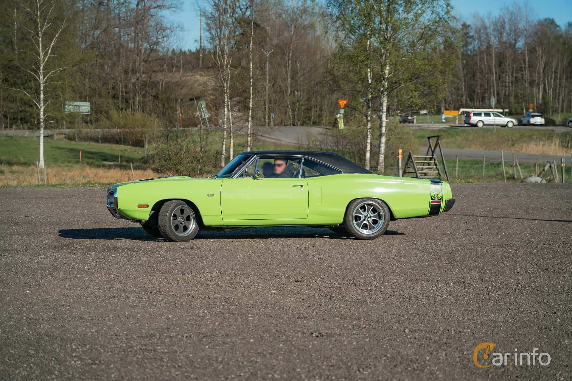 Side  of Dodge Coronet Super Bee Hardtop 6.3 V8 TorqueFlite, 340ps, 1970 at Lissma Classic Car 2019 vecka 20