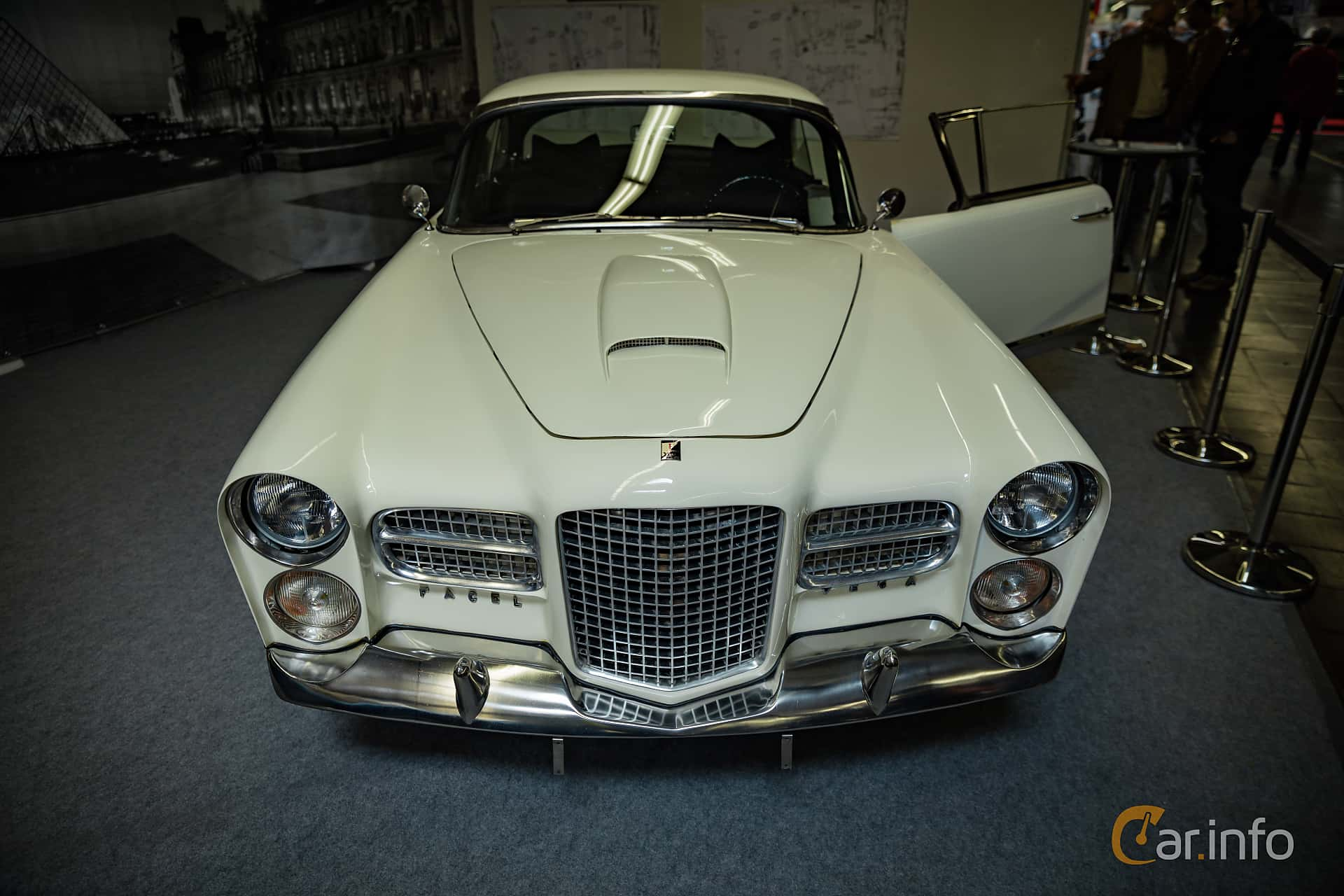 Facel Vega FV2B 5.4 V8 Manual, 286hp, 1956 at Techno Classica Essen 2016