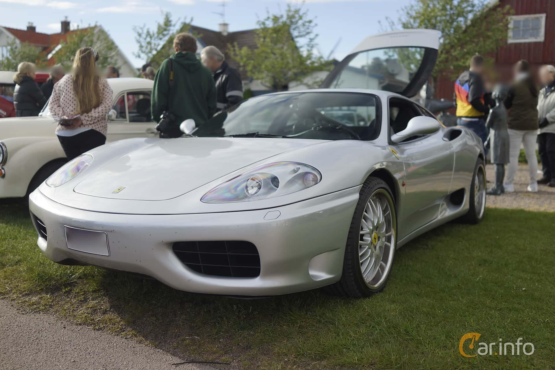 Ferrari 360 Modena 3.6 V8 Sequential, 400hp, 2001 at Veteranbilsträff i Vikens hamn Maj 2015