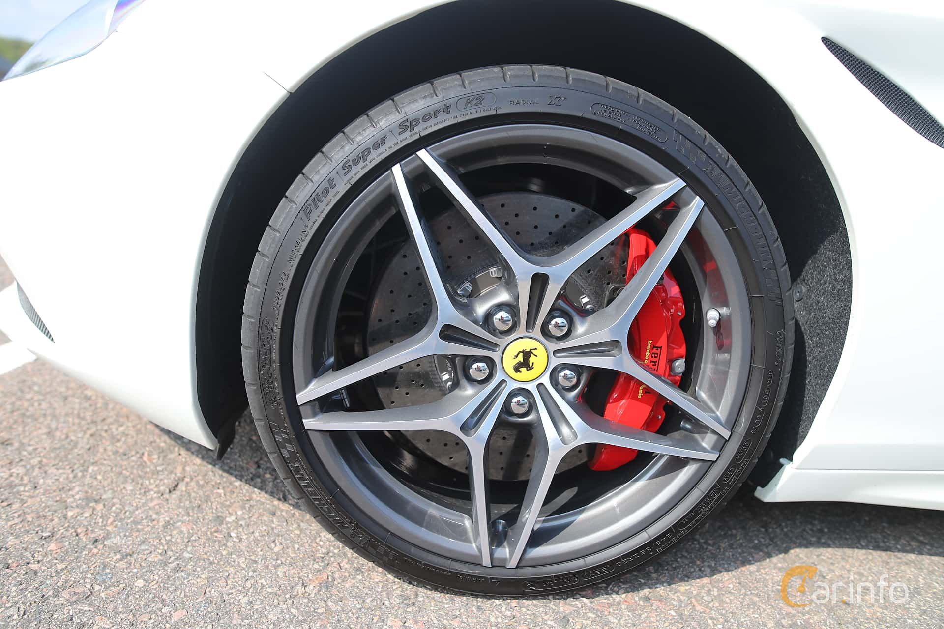 Ferrari California T 3.9 V8  DCT, 560hp, 2015 at Autoropa Racing day Knutstorp 2019