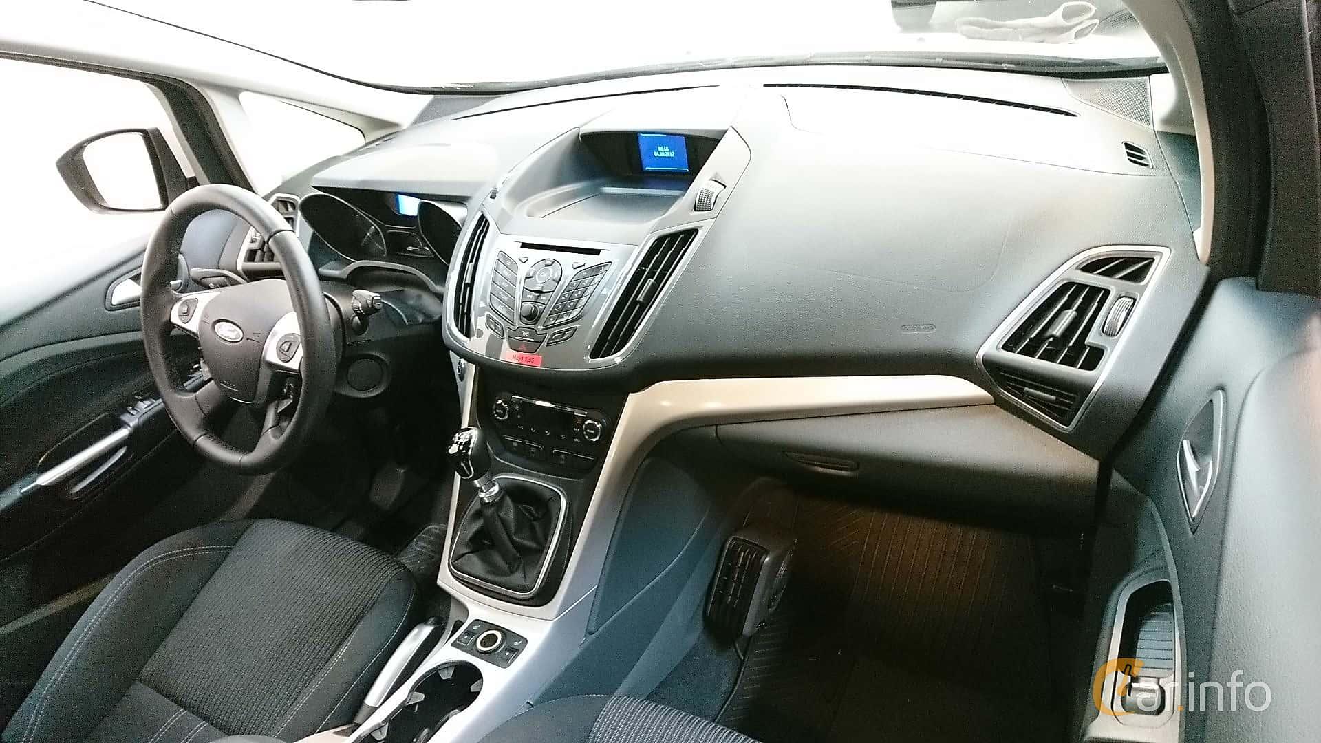 ford-c-max-interior-2-499143.jpg