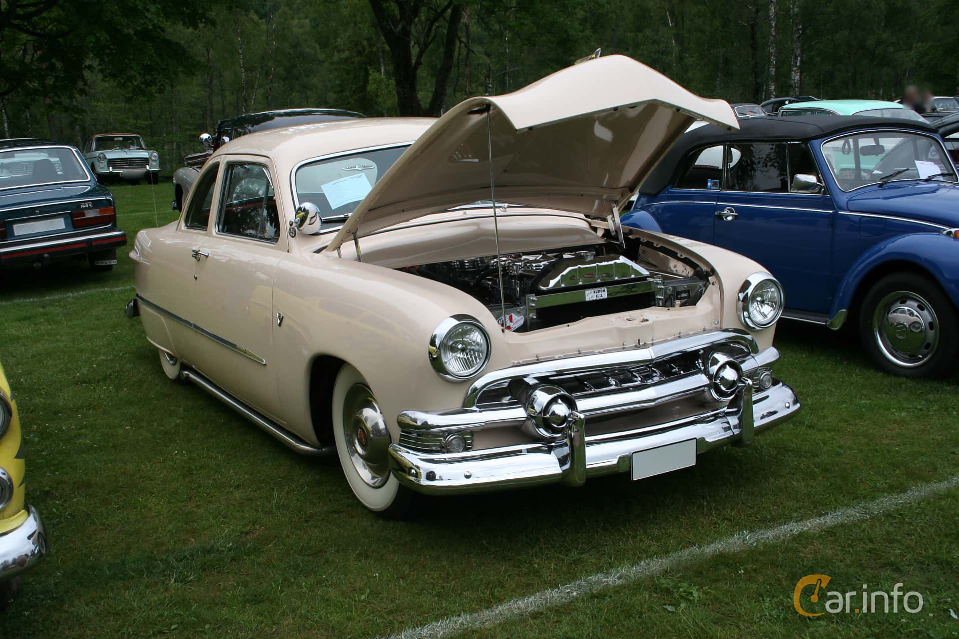 Ford Custom Deluxe Club Coupé 3.9 V8 Manual, 102hp, 1951