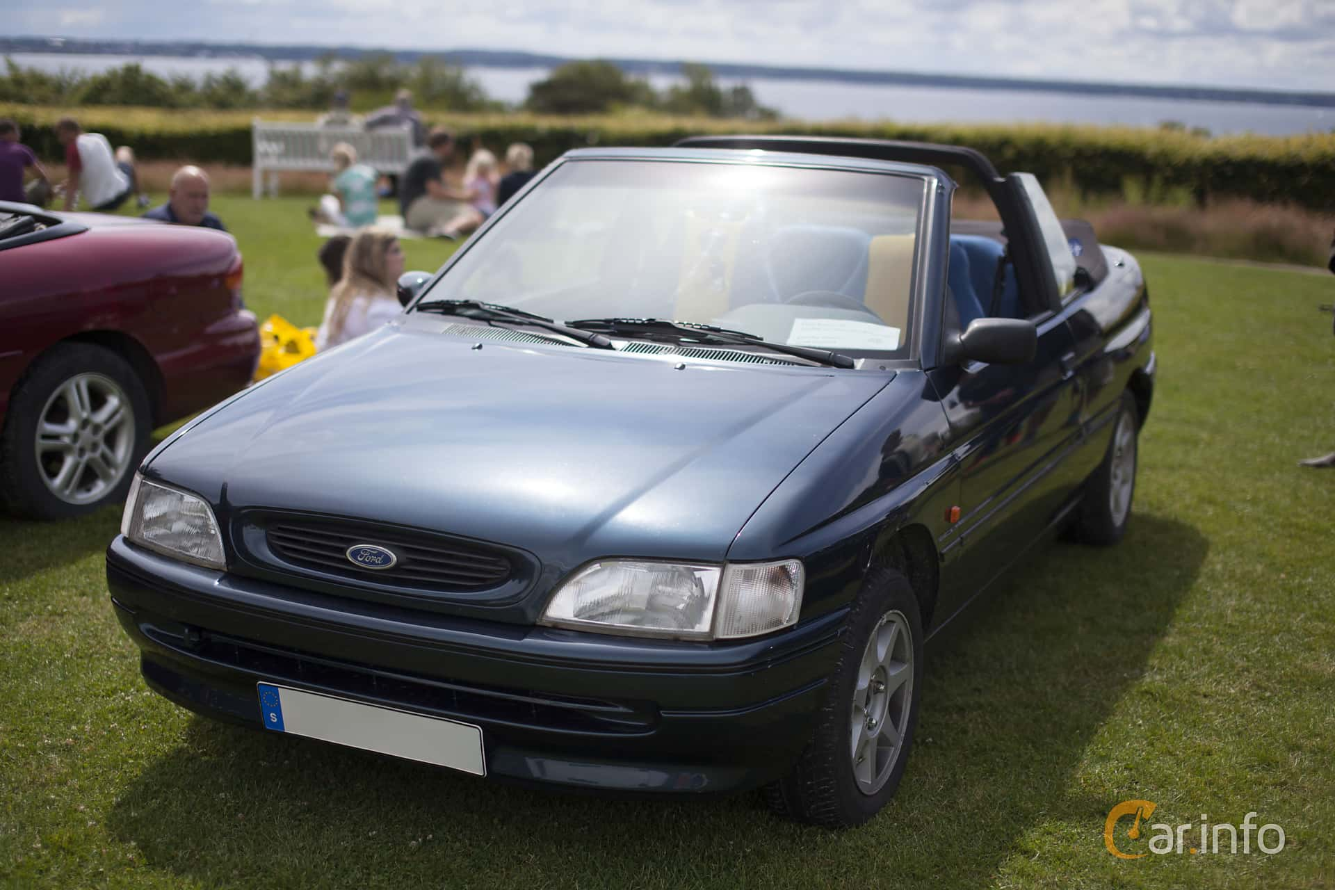 Ford Escort Cabriolet 1.6  Manual, 90hp, 1995 at Sofiero Classic 2014