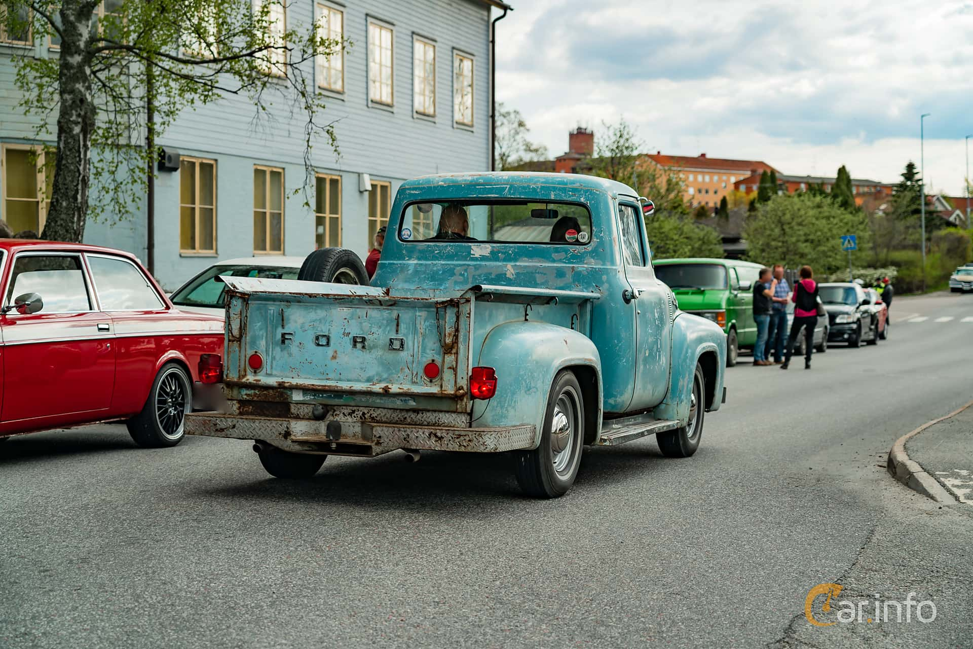 Ford F Pickup 4.6 V8 Manual, 1956 at Vårcruising Järna 2019