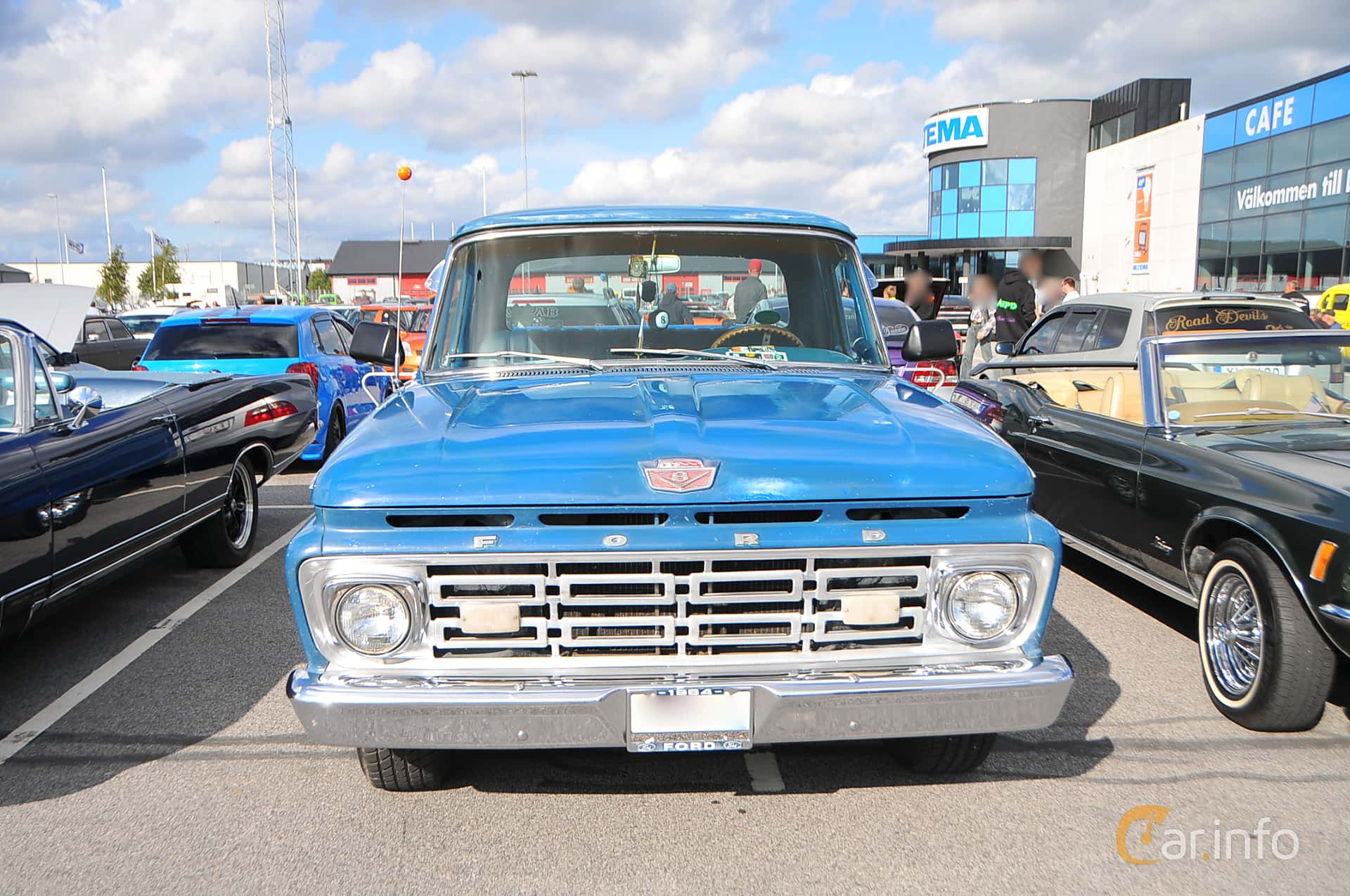 Front  of Ford F Regular Cab 4.3 Manual, 1964 at Biltema Gatbilar Lund 2018