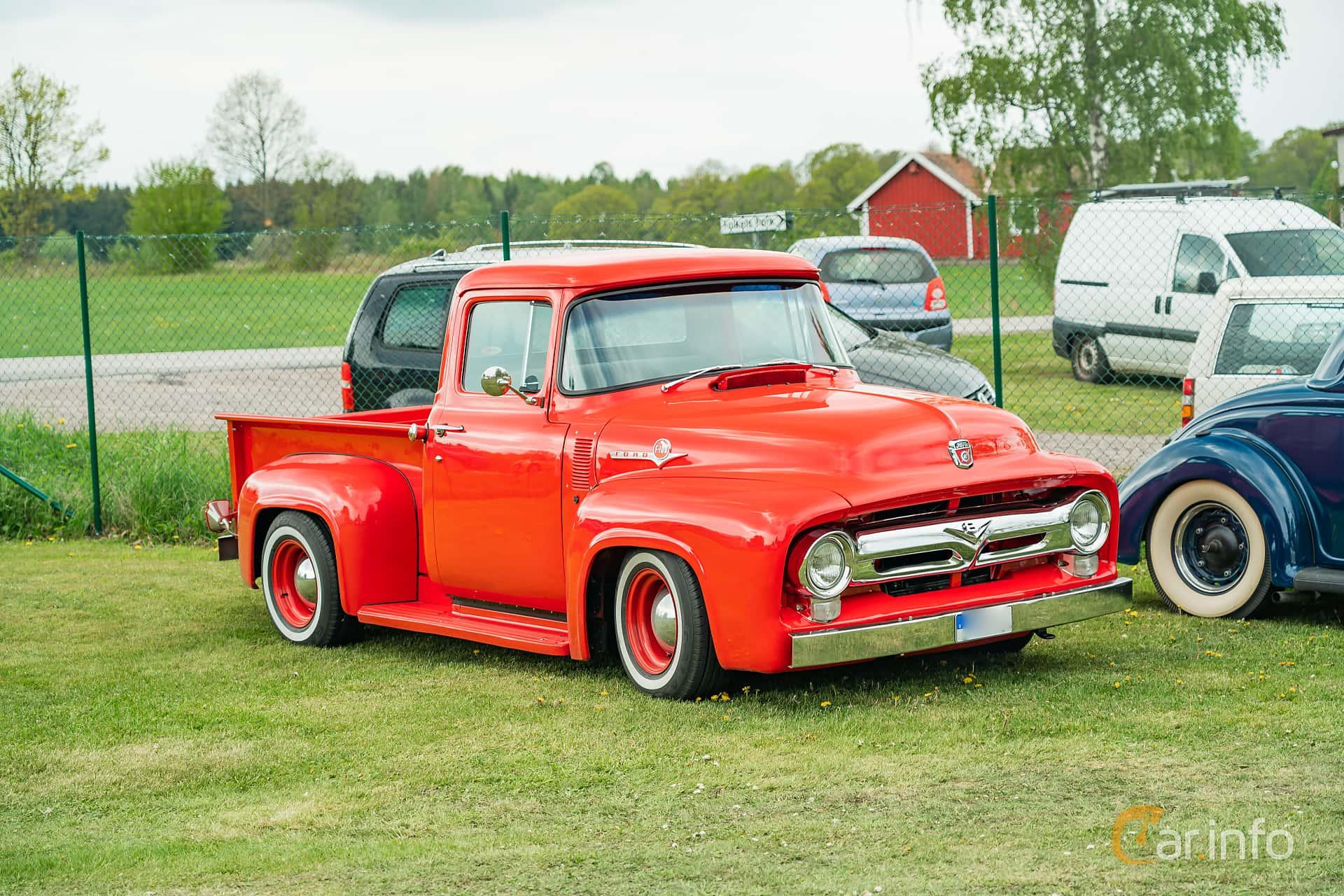 Ford F Pickup 3.7 Manual, 139hp, 1956 at Fordonsträff i Borensbergs Folkets Park 2019 Swap Meet