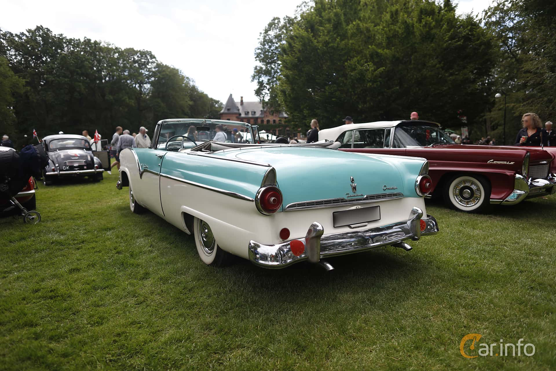Ford Fairlane Sunliner 4.5 V8 Manual, 165hp, 1955 at Sofiero Classic 2019