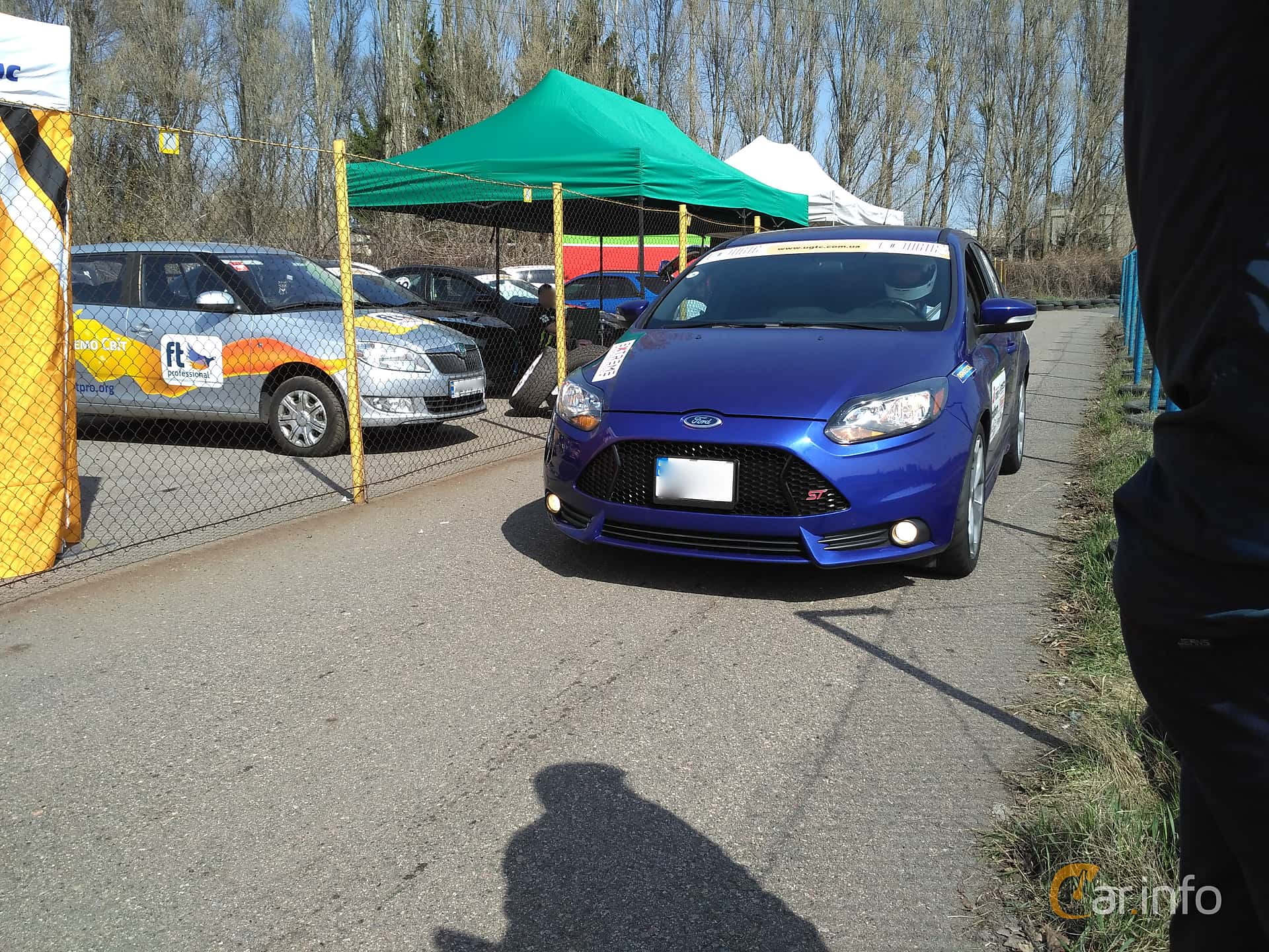 Front/Side of Ford Focus ST 2.0 EcoBoost Manual, 256ps, 2012 at Ltava