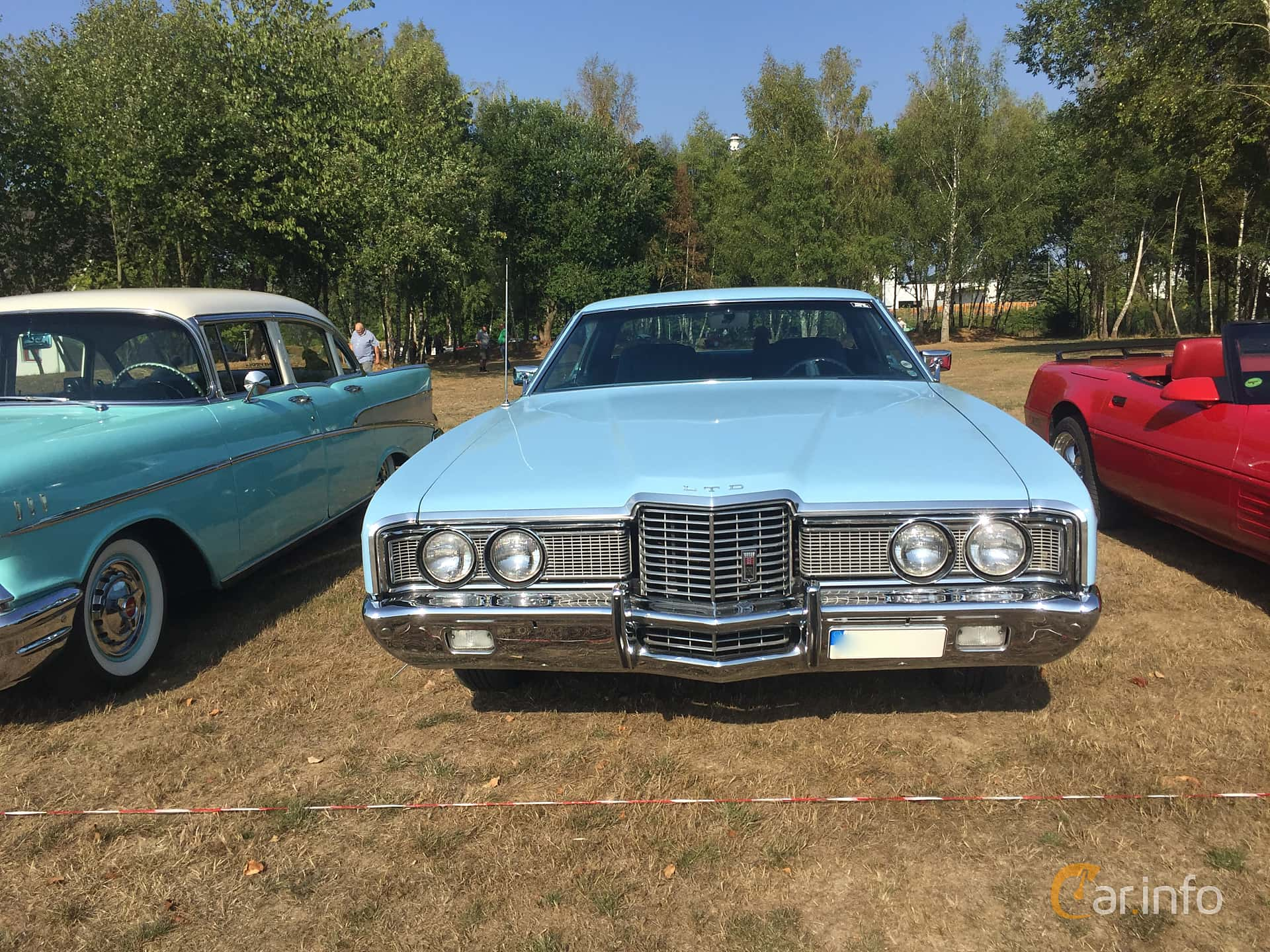 Front  of Ford LTD 2-door Hardtop 7.0 V8 Automatic, 211ps, 1972 at Eddys bilträff Augusti 2018