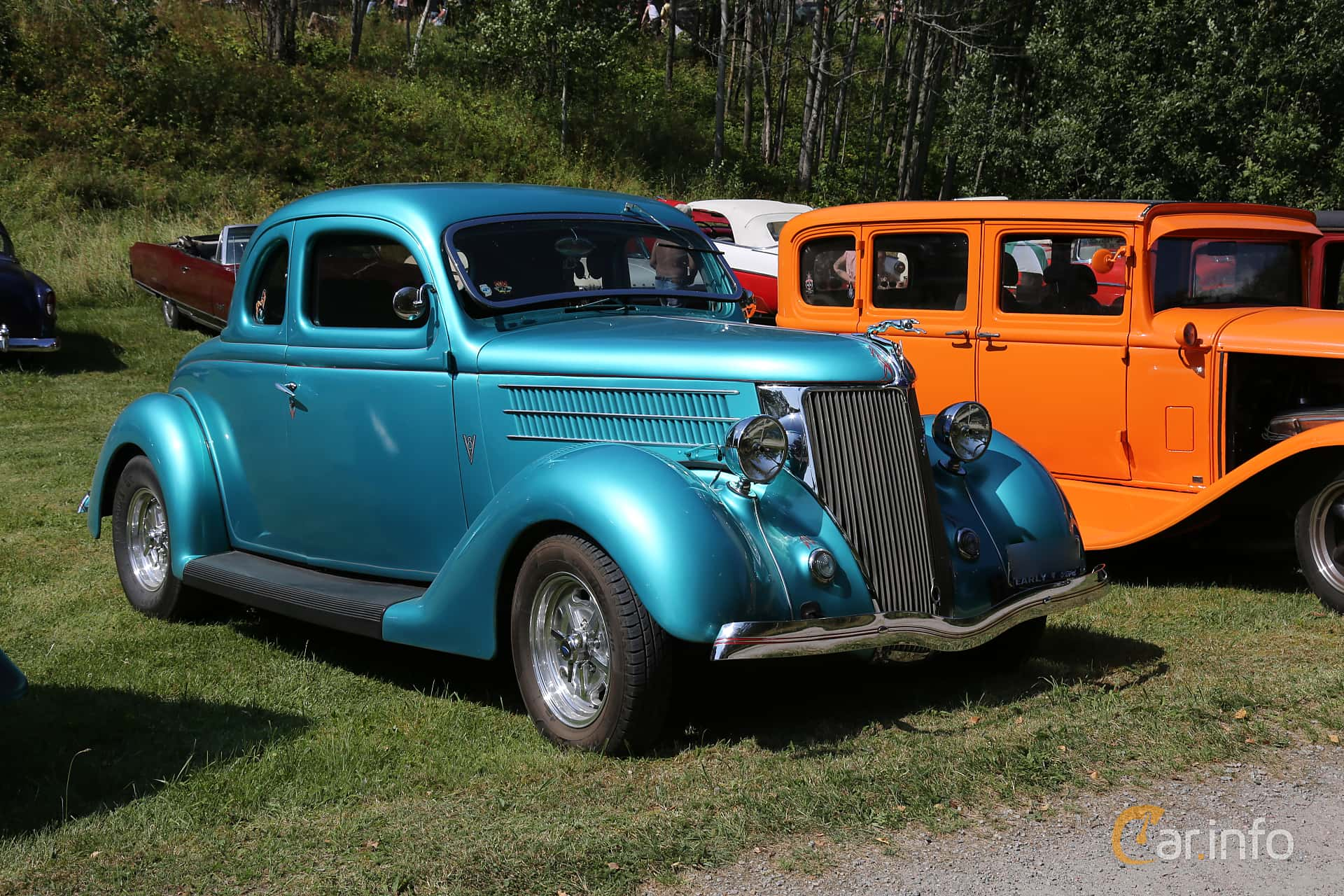 Front/Side  of Ford Model 68 5-window Coupé 3.6 V8 Manual, 86ps, 1936 at A-bombers - Old Style Weekend Backamo 2019
