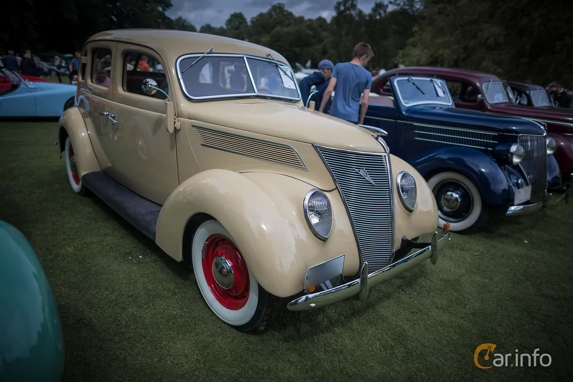 Ford Model 78 Fordor Touring Sedan 3.6 V8 Manual, 86hp, 1937 at Ronneby Nostalgia Festival 2015