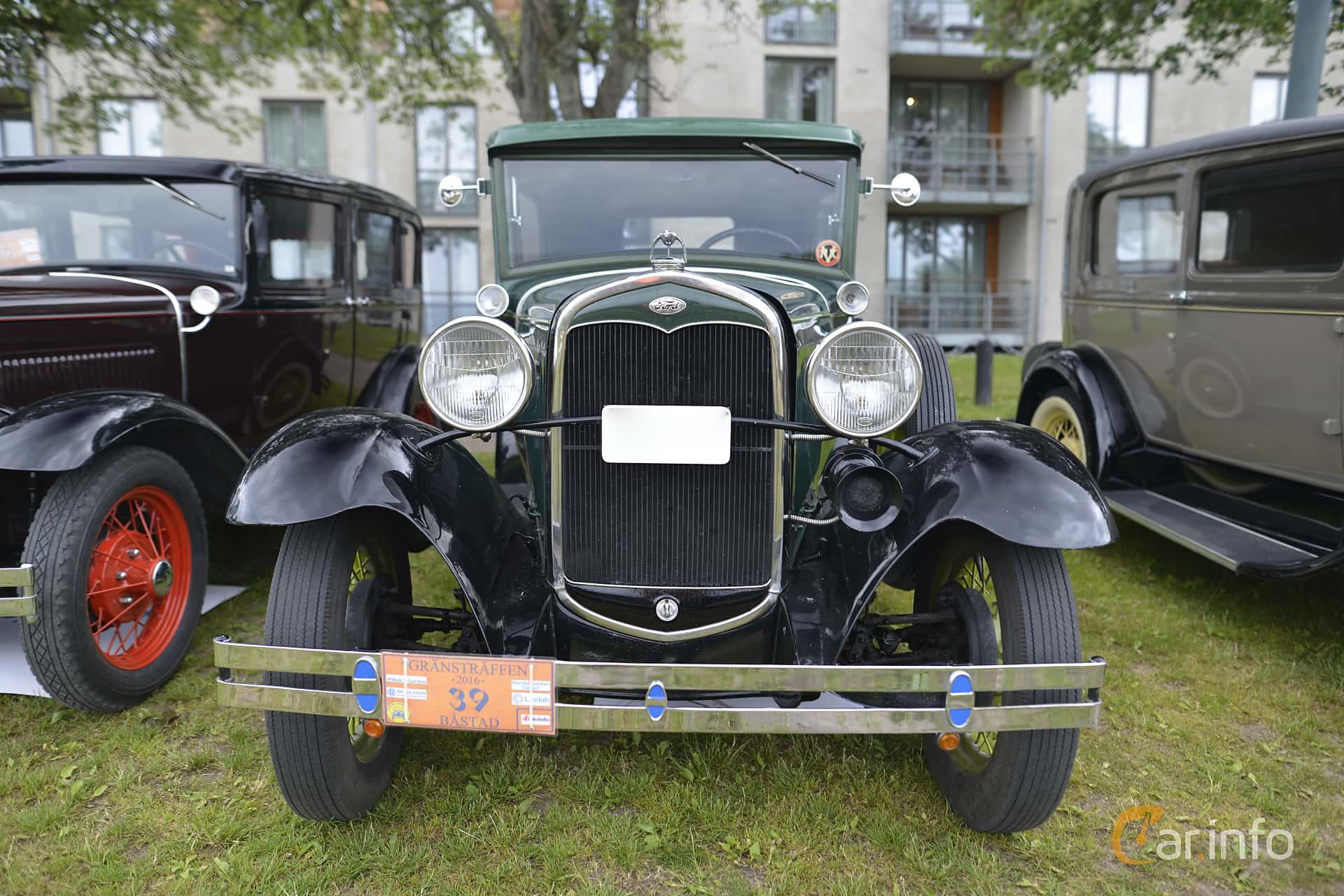 Front of Ford Model A Tudor Sedan 3.3 Manual, 41ps, 1931 at Gränsträffen  2016
