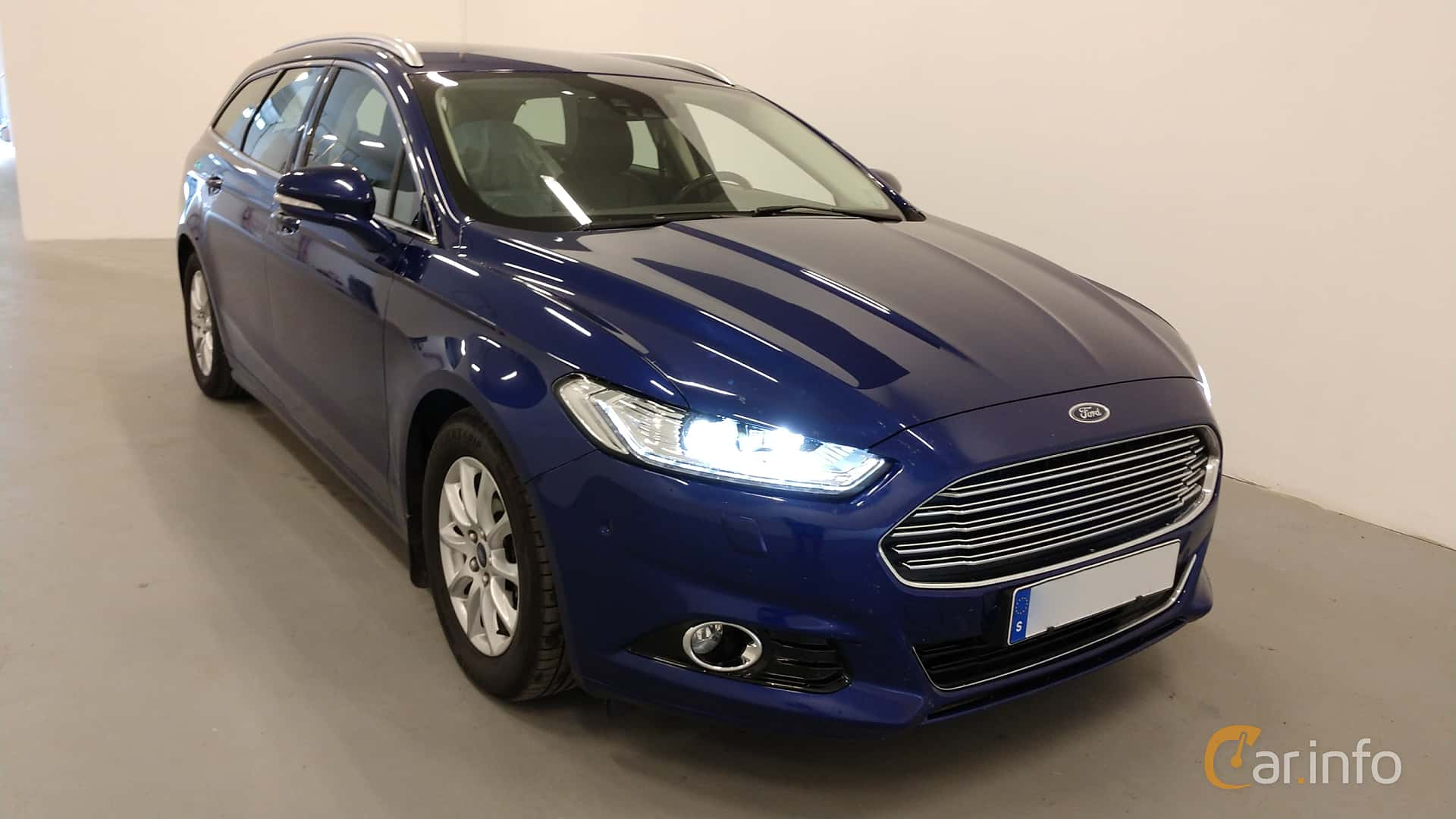 6 images of Ford Mondeo Combi 2.0 TDCi Manual, 150hp, 2015