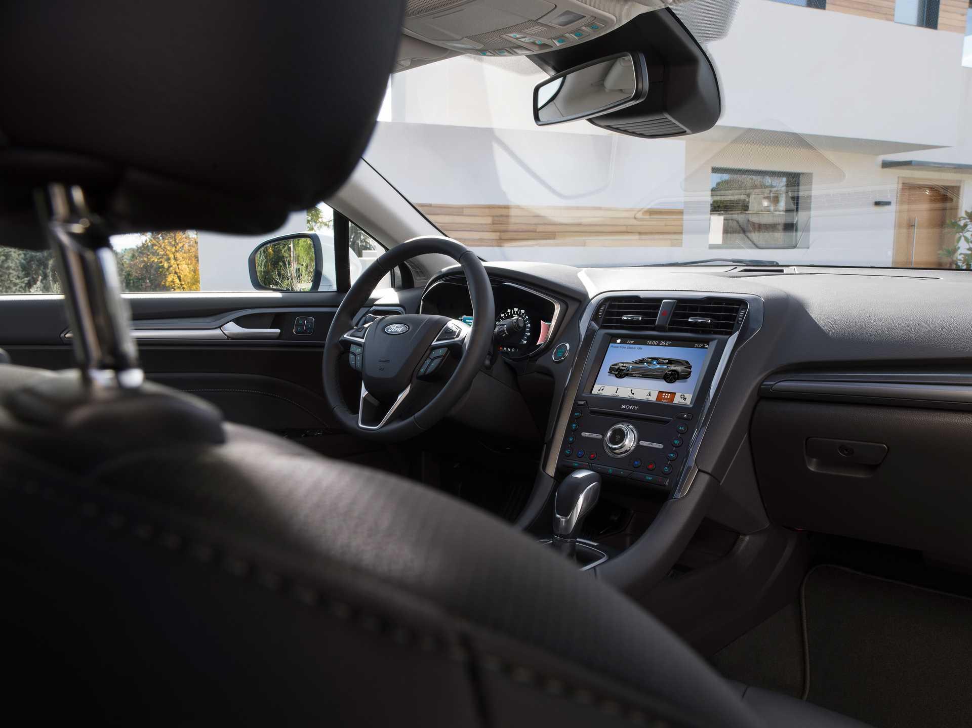 Ford Mondeo Combi Hybrid 2.0 Ti-VCT CVT, 187hp, 2019