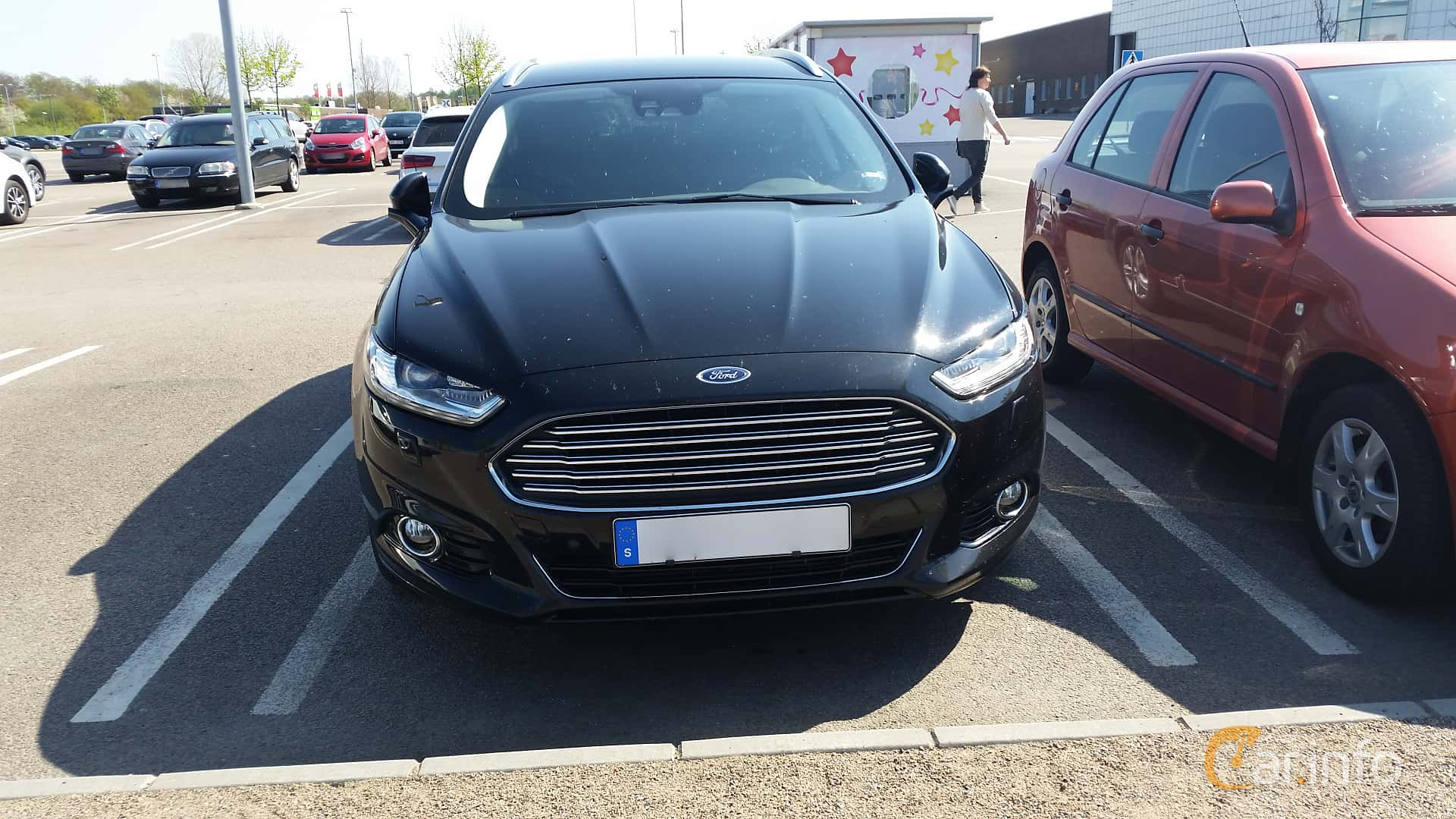 2 images of ford mondeo turnier 2 0 tdci manual 180hp 2015 by johanb. Black Bedroom Furniture Sets. Home Design Ideas