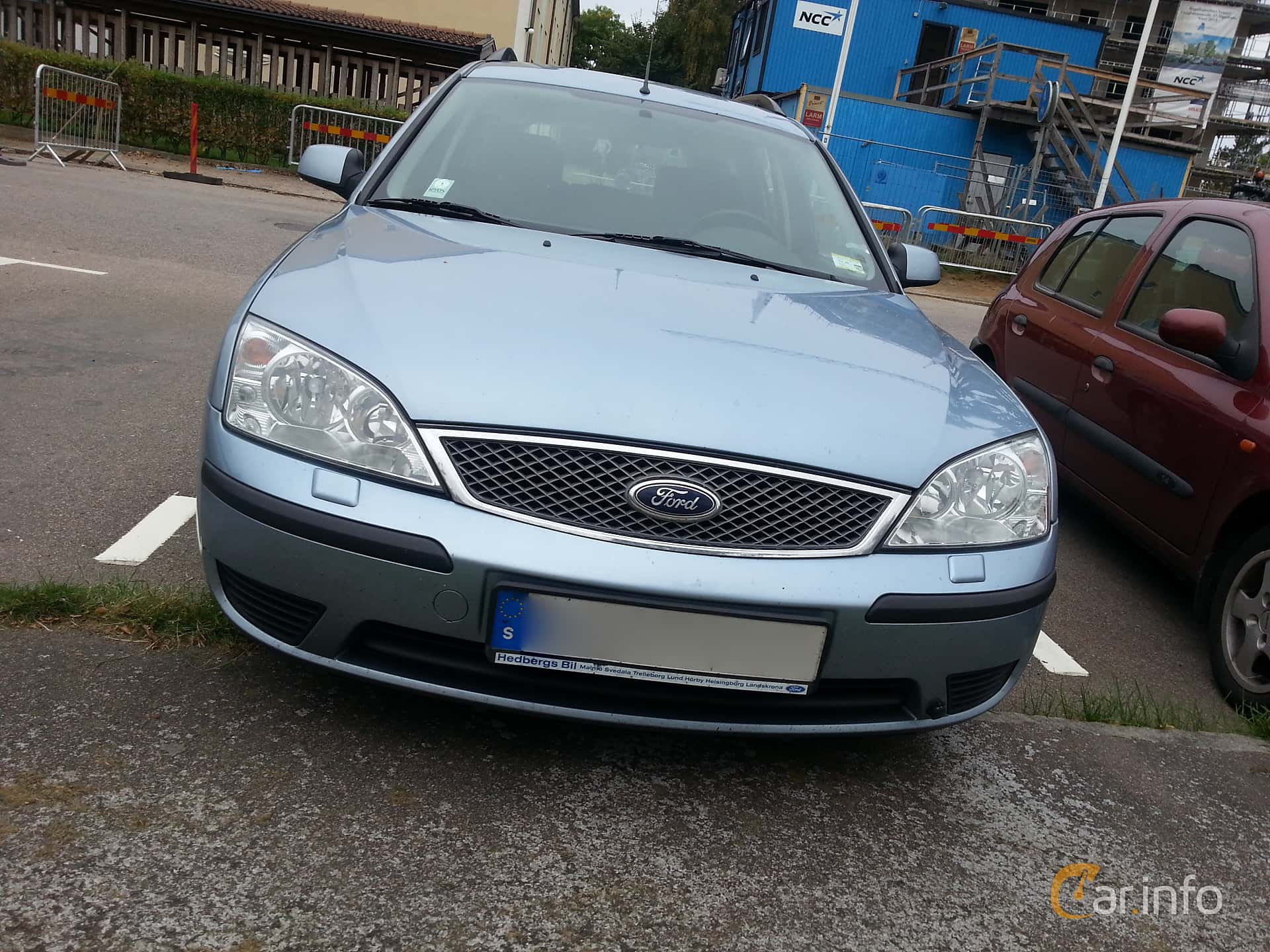Front of Ford Mondeo Turnier 2.0 Manual, 145ps, 2004